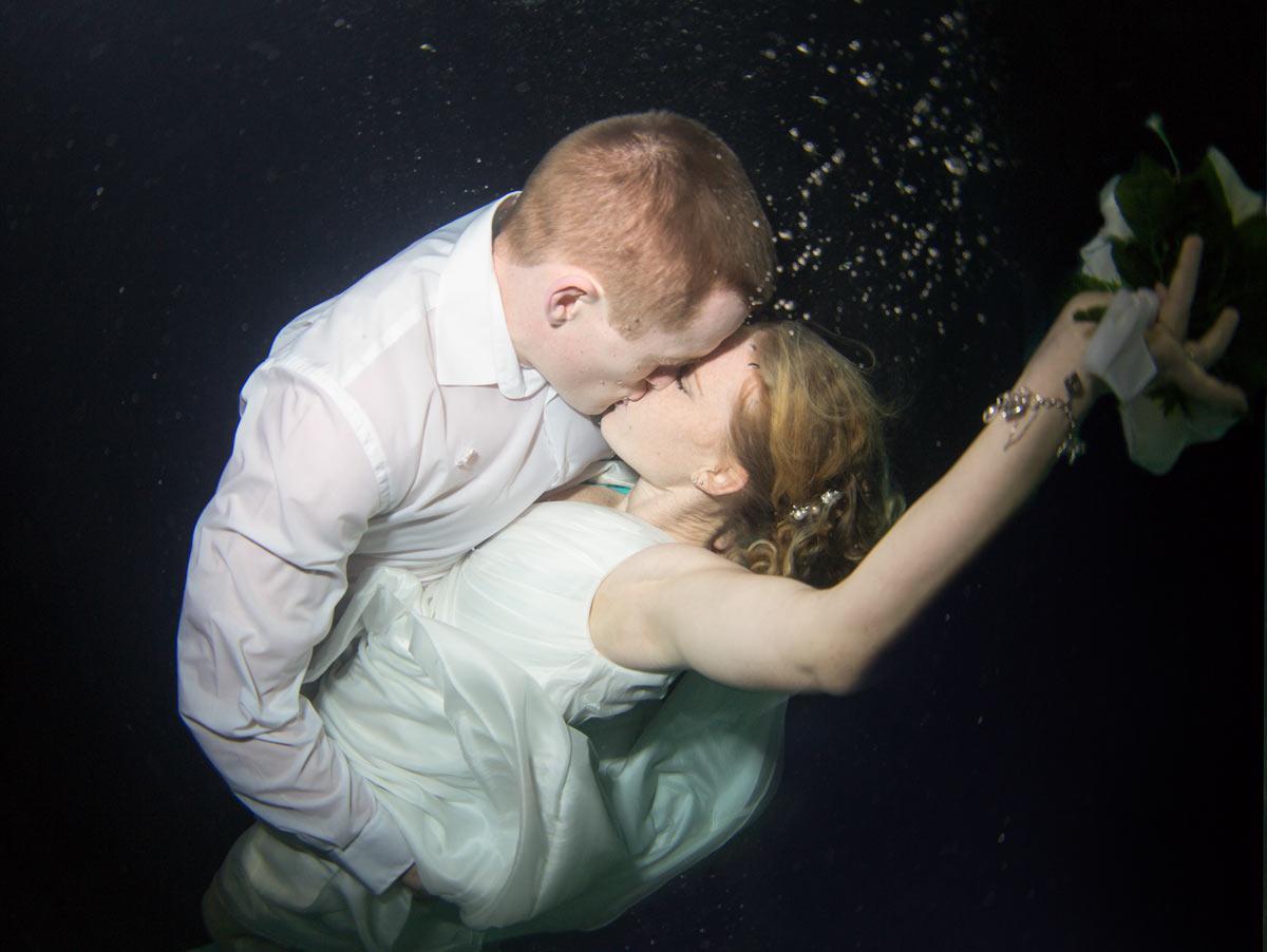 Underwaterwedding.jpg