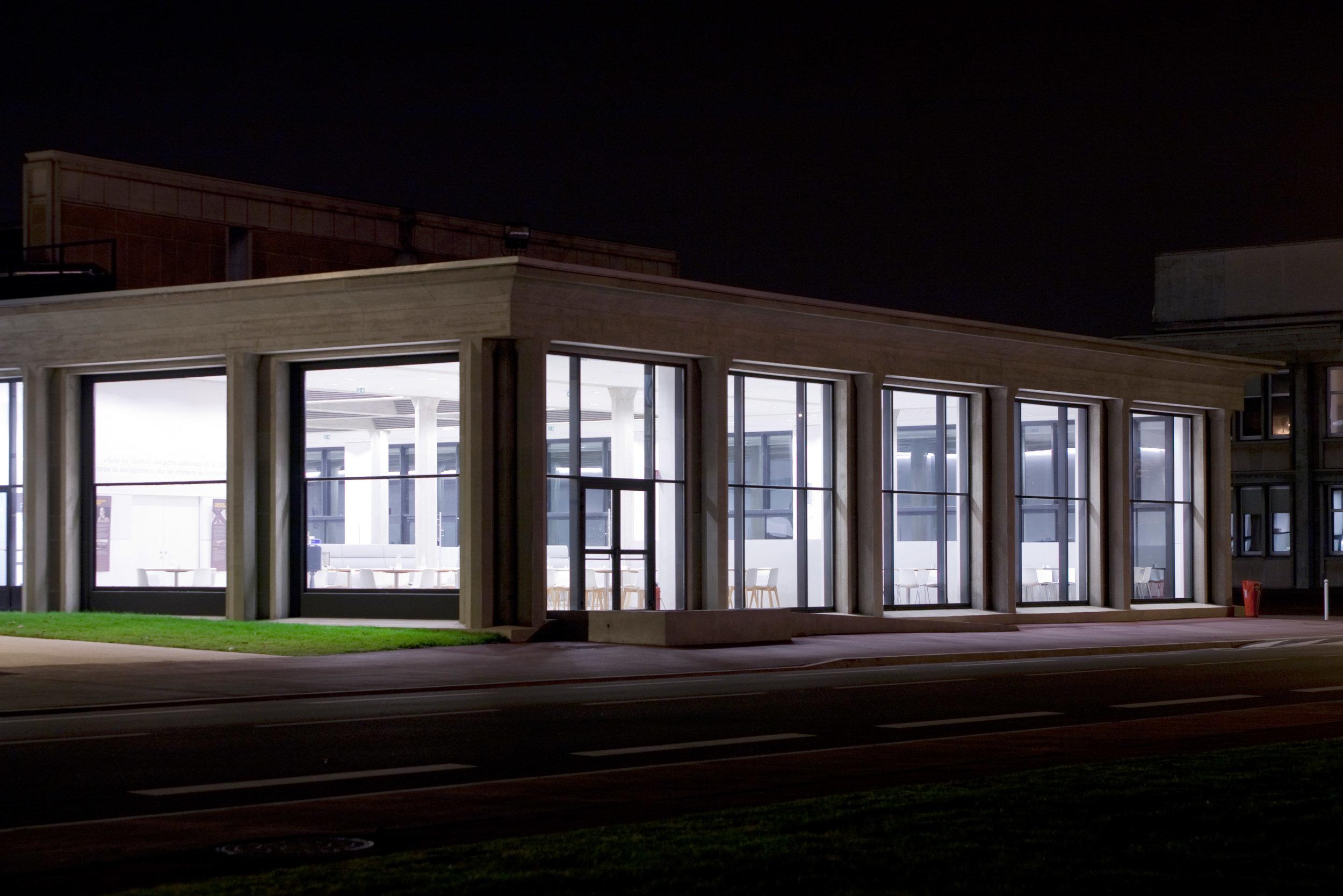 CEA, Saclay, Paris (center for nuclear studies)