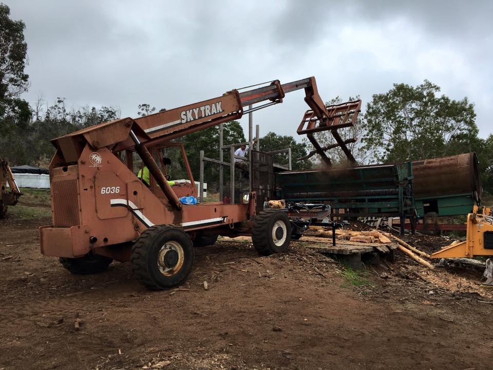 What used to take many laborers many hours to hand-chop the bark off the trees (10 guys that $10 an hour!) now takes this Chinese debarker machine <8 mins for multiple logs!