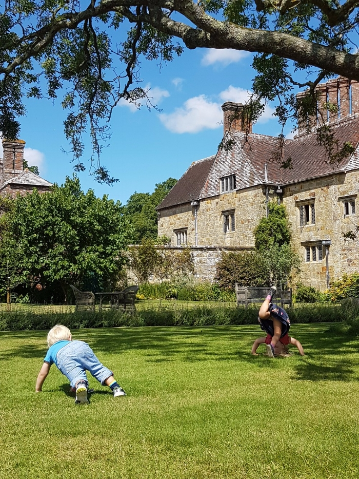 lucy messy mummy blog post 2 b - toddlers playing on grass.jpg