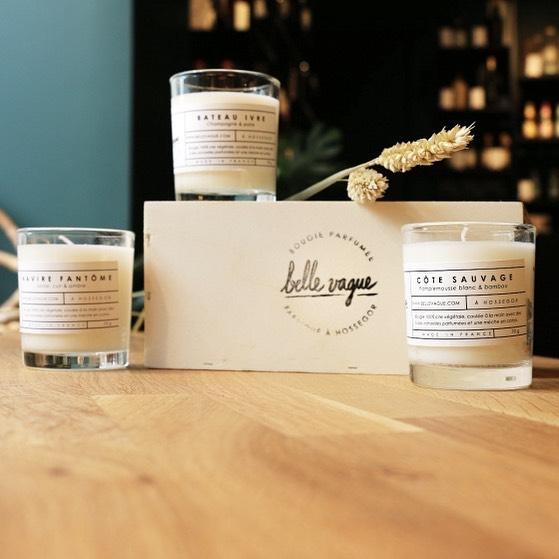 Nous sommes très heureux. Maintenant coffret contenant trois mini bougies parfumée (3x70g). Available @lesraffineurs en Paris🐚🧡🐚 #paris #lesraffineurs #hossegor #bellevague #wayoflife #surfing #summervibes #inspiration #bellevague #beachlife #bellevaguecandles #wayofliving  #scentedcandles #handmade #hossegor #handmadefrance #craft #craftdesign #shoplocal #craft #crafts #handmadeinfrance #bougie #the #hossegor #decoration #madeinfrance🇫🇷