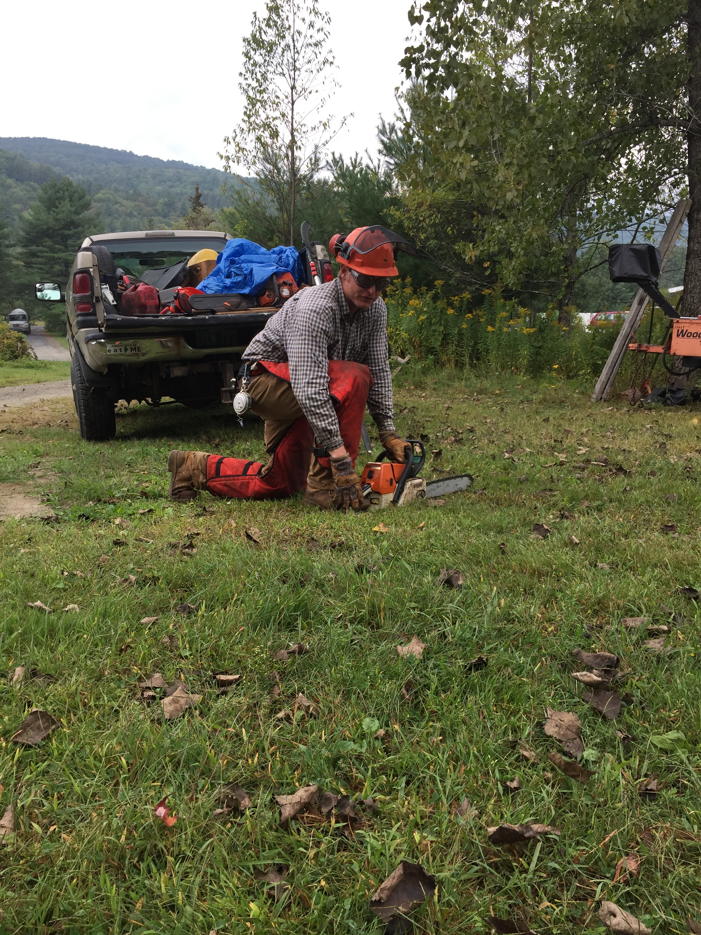 NZ gives instruction on necessary Chainsaw safety before cutting a single piece of lumber.