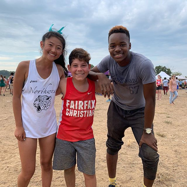 A very long but fun-filled day as we played the #DCXCinvite, presented by @runpacers & sponsored by @newbalancerunning | Congrats to each of these amazing young running talent, especially this year's dance contest winners!  #scorpiodjs #racedaydj #crosscountry #runnerlife #djlife
