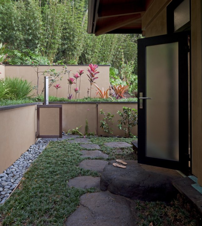 outdoor_rooms_01.jpg