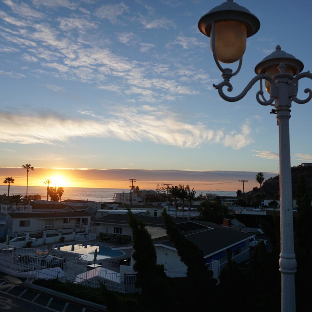 CAPO BEACH COTTAGES    SAN CLEMENTE, CA