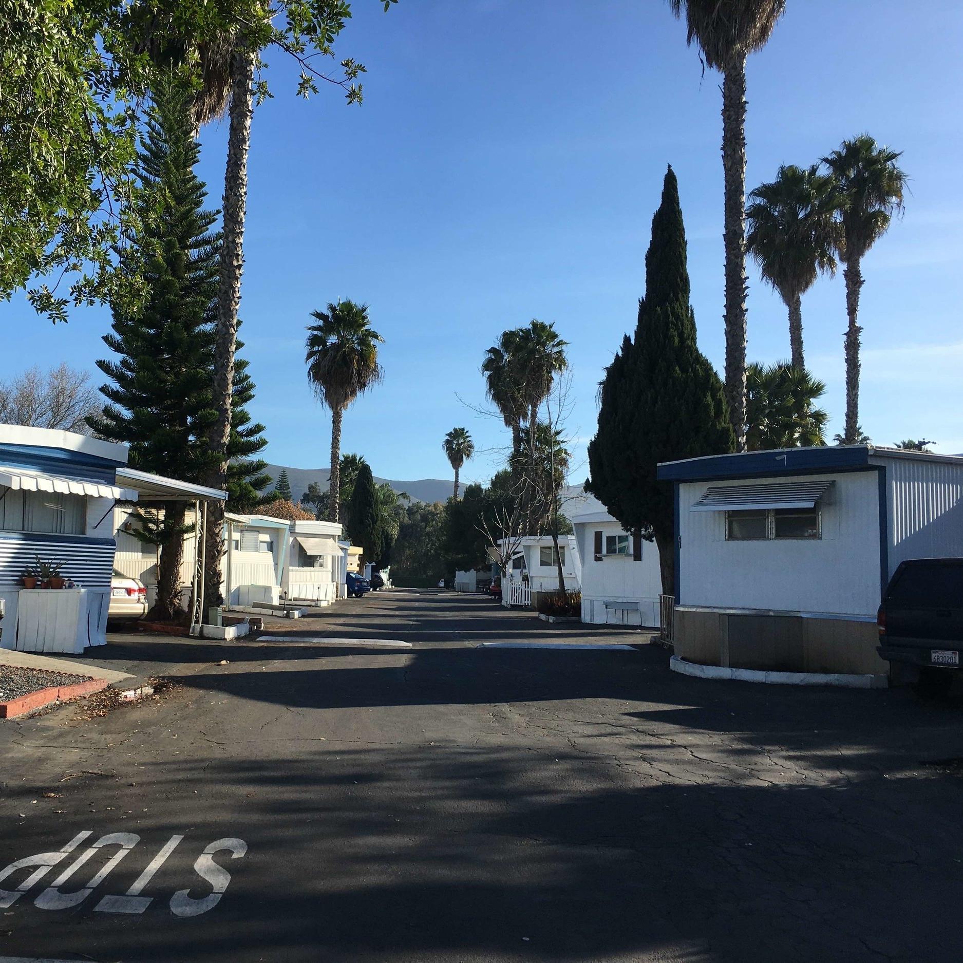 EZ LIVING MOBILE HOME PARK    SAN MARCOS, CA