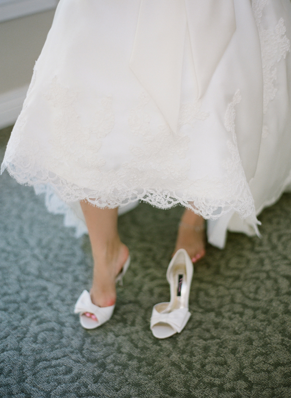 White-Bow-Wedding-Shoes.jpg