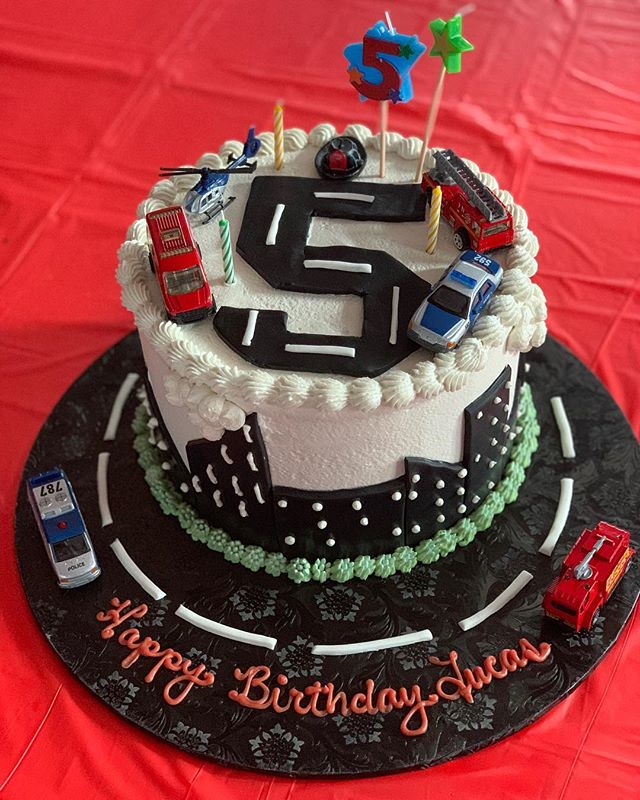 @deesonesmartcookie , you are phenomenal 🙌🏼 I wish I caught Lucas's reaction on video. Thank you, thank you, thank you!! You brought my vision to life and my rescue-vehicle-loving little boy was over the moon ⭐️ 5️⃣🎂 #five #birthday #party #rescuevehicles #birthdaycake #allergyfriendy #nutfree #glutenfree #deesonesmartcookie #redletterday #events #eventplanning