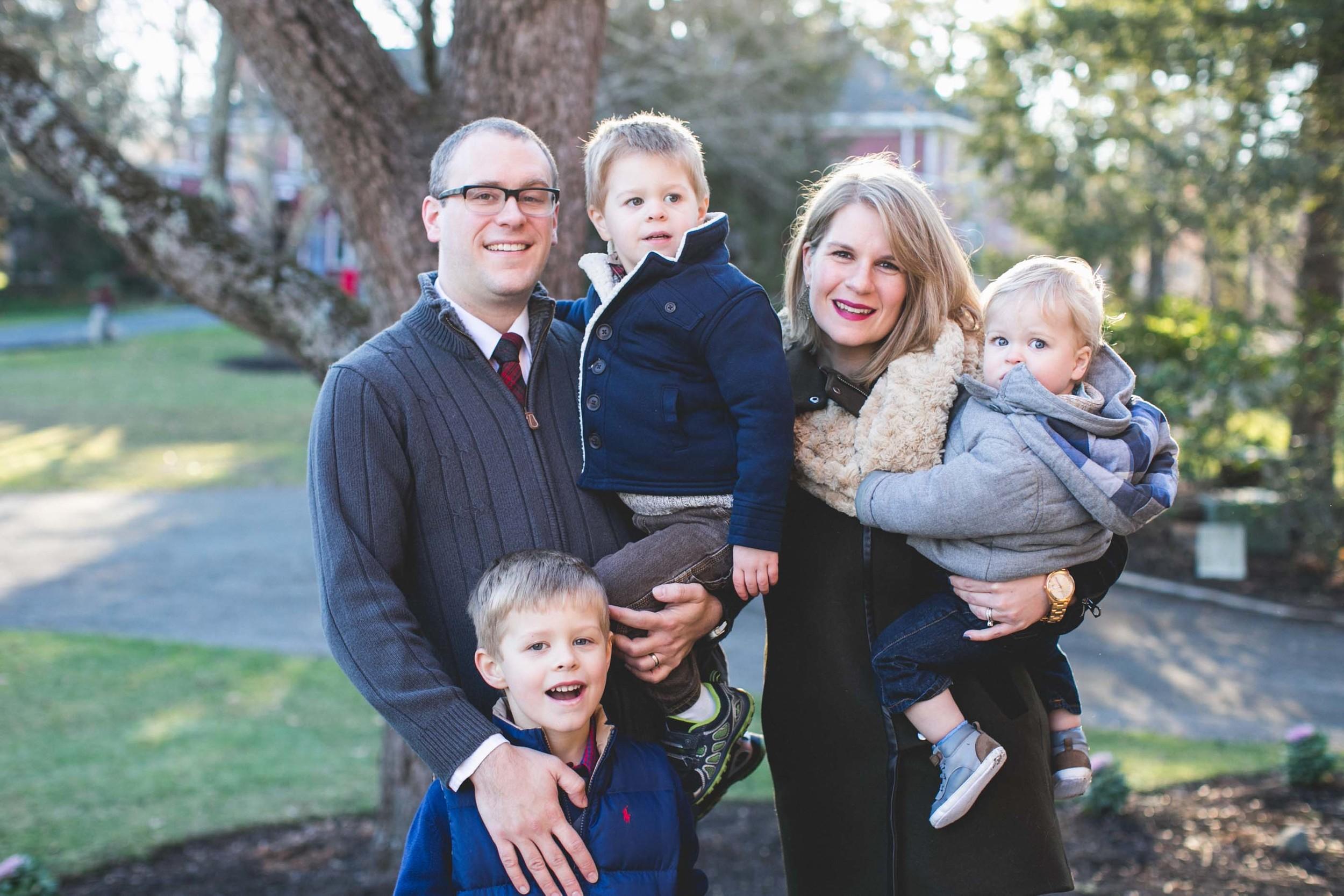 Family-Photographer-Beverly-MA-3-3.jpg