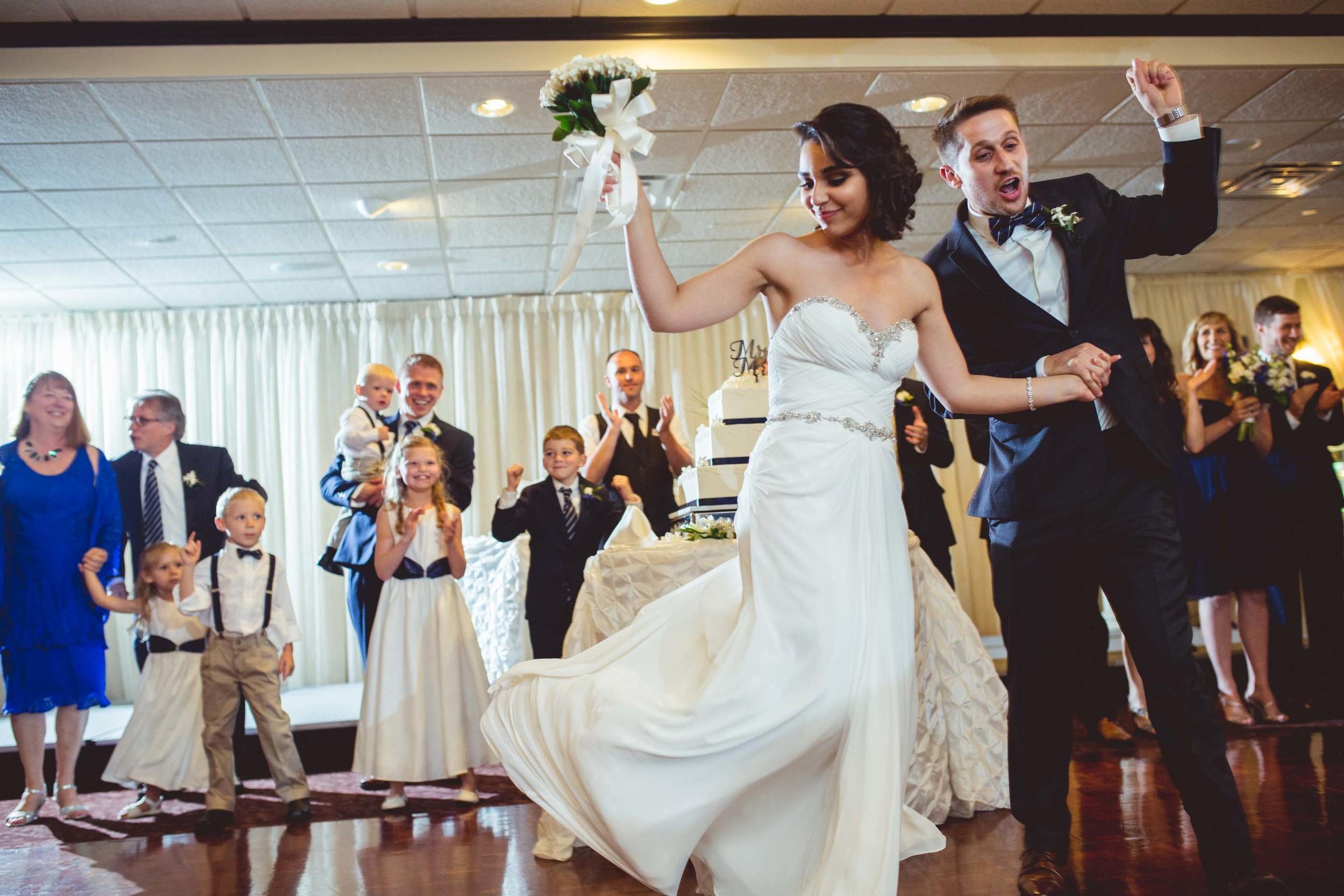 Danversport-Yacht-Club-wedding-19.jpg