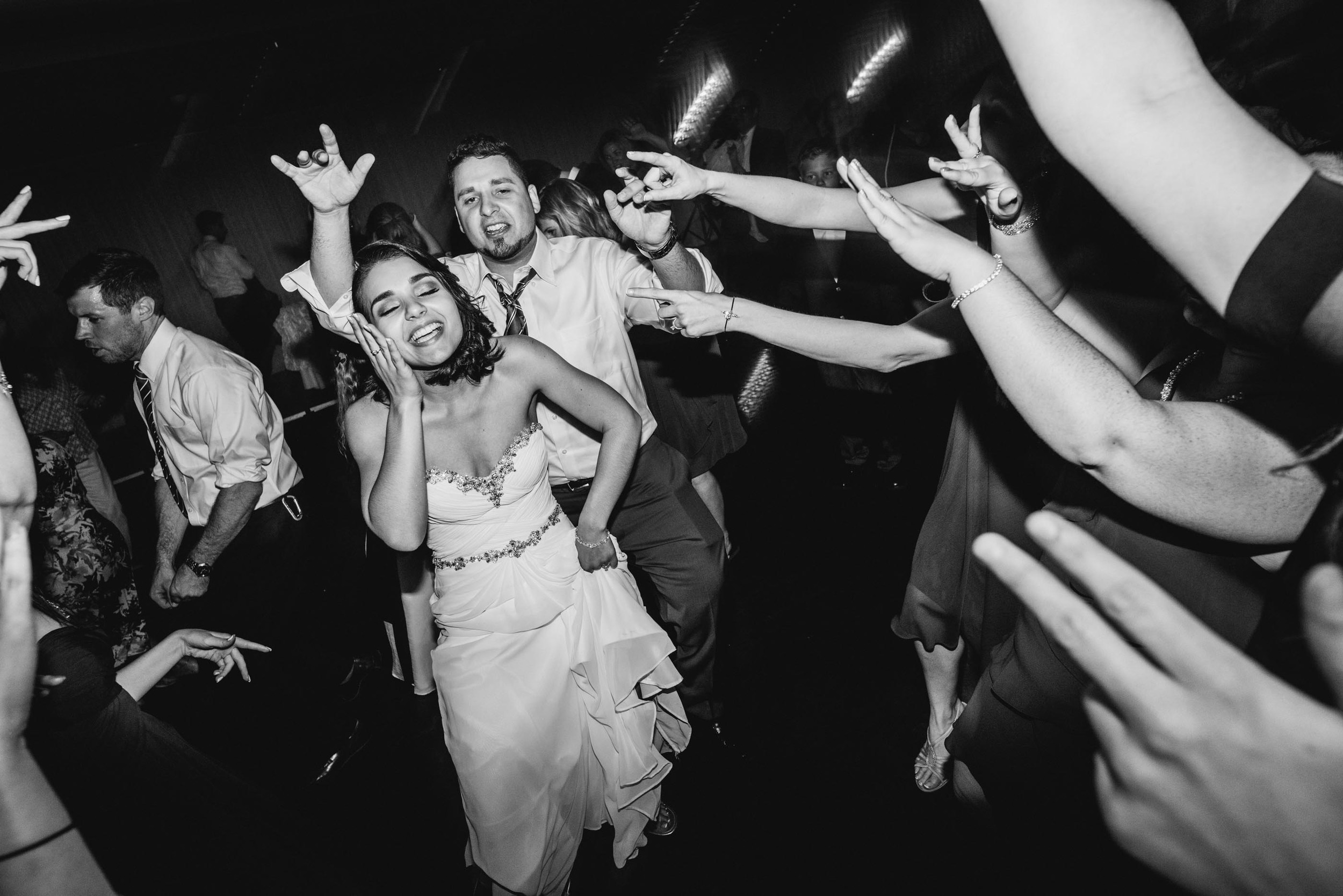 Danversport-Yacht-Club-wedding-27.jpg