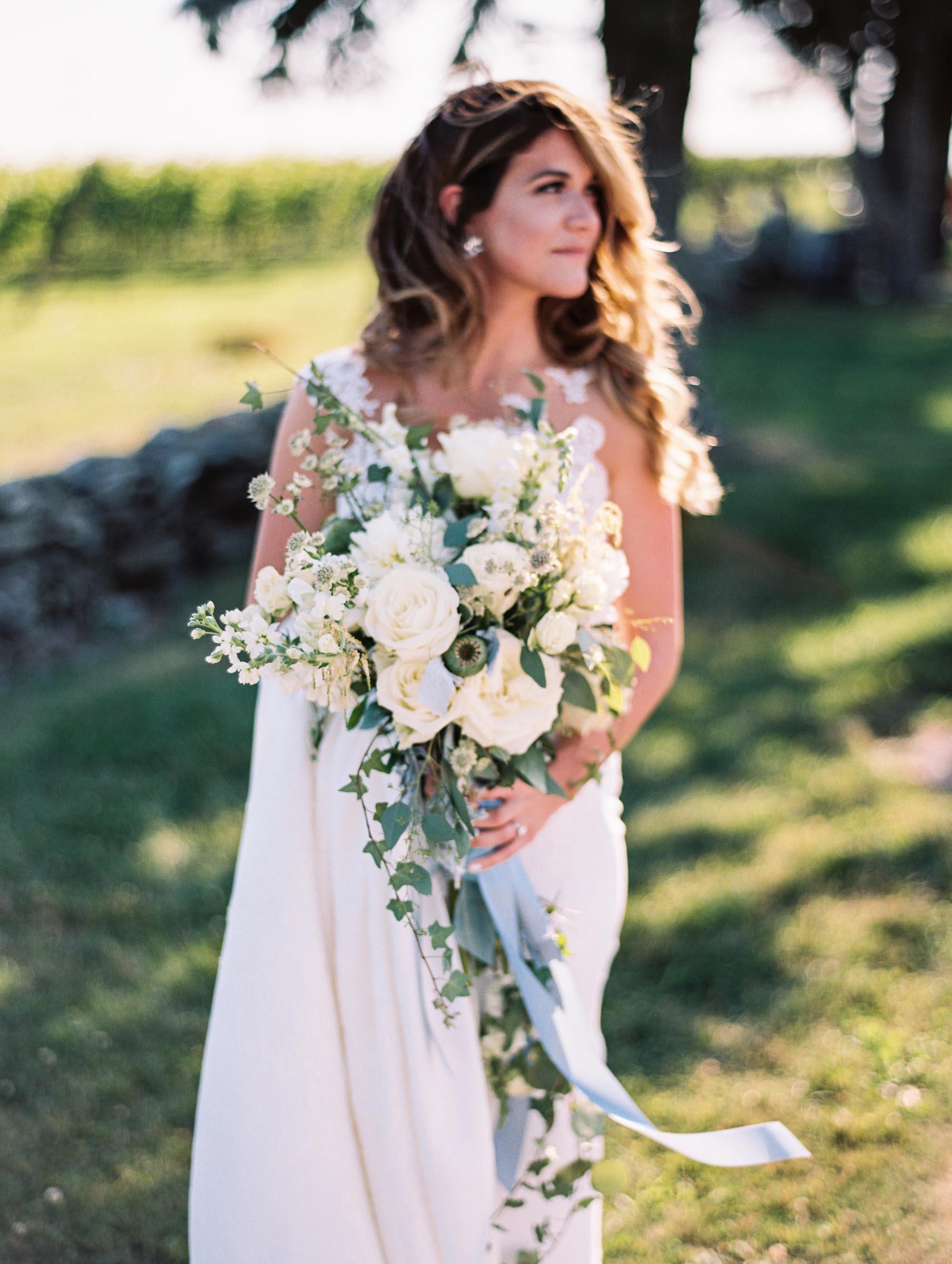 Newburyport-vineyard-wedding-23.jpg