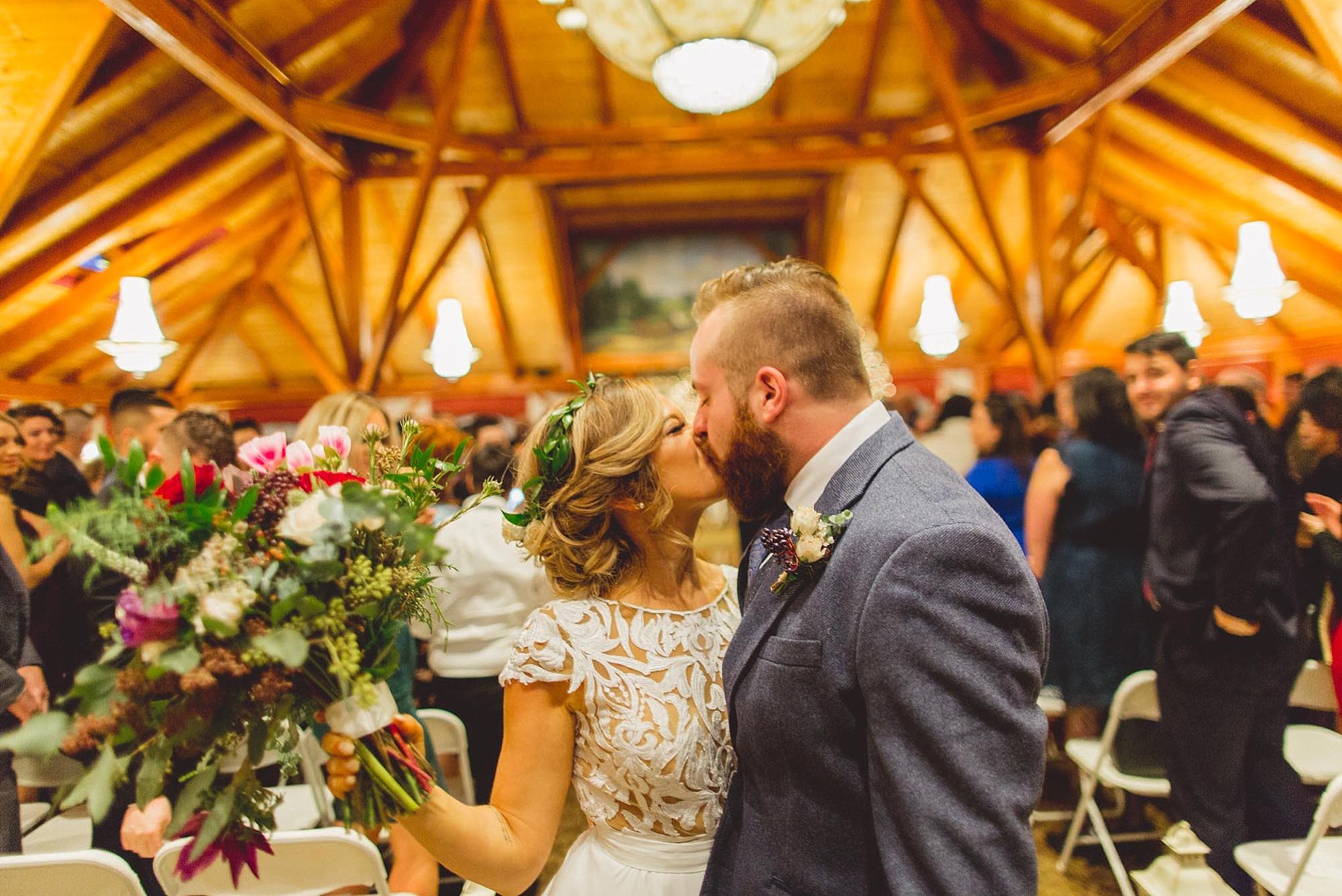 Tweaksbury-country-clup-wedding-52.jpg