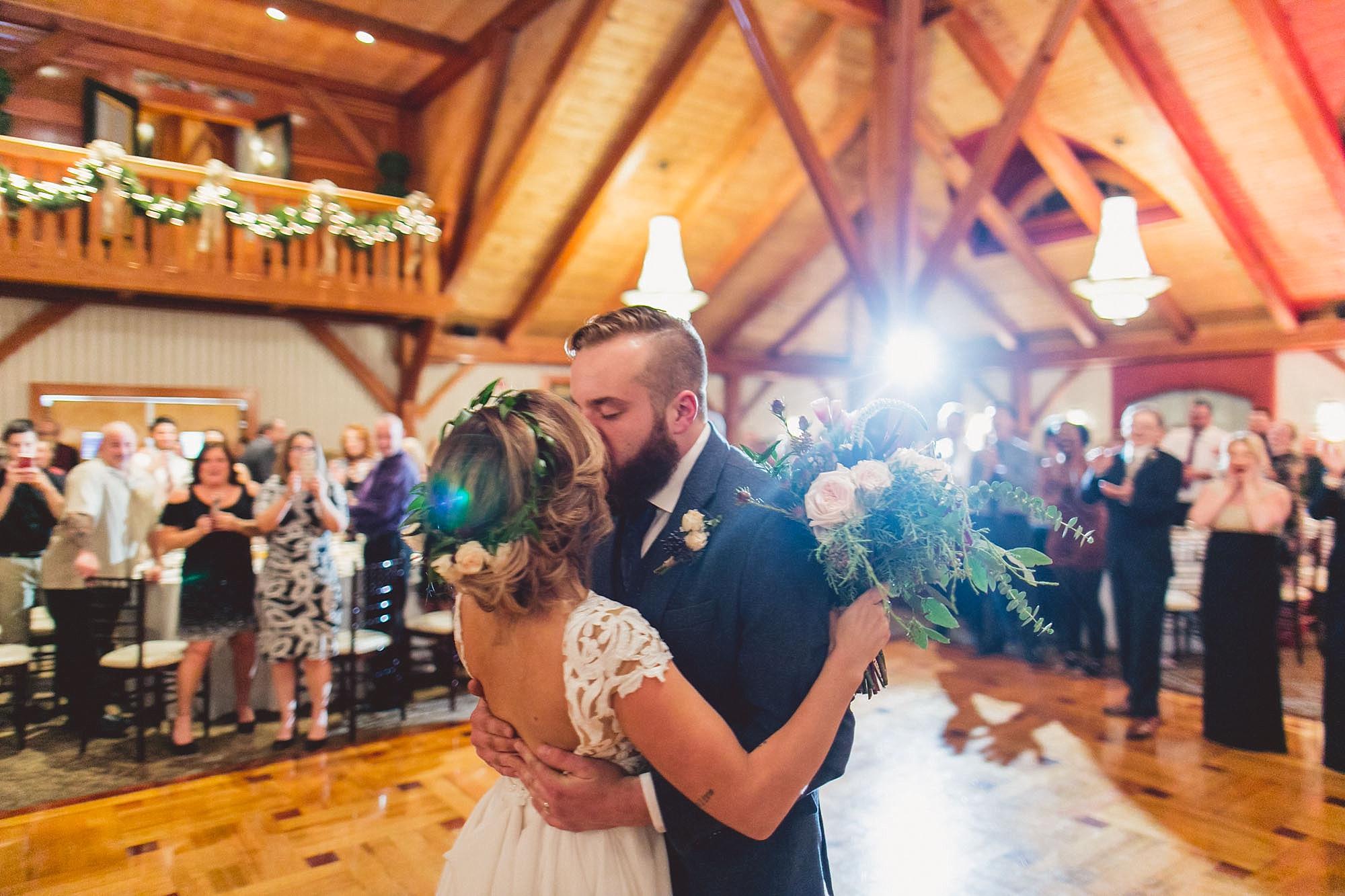 Tweaksbury-country-clup-wedding-73.jpg