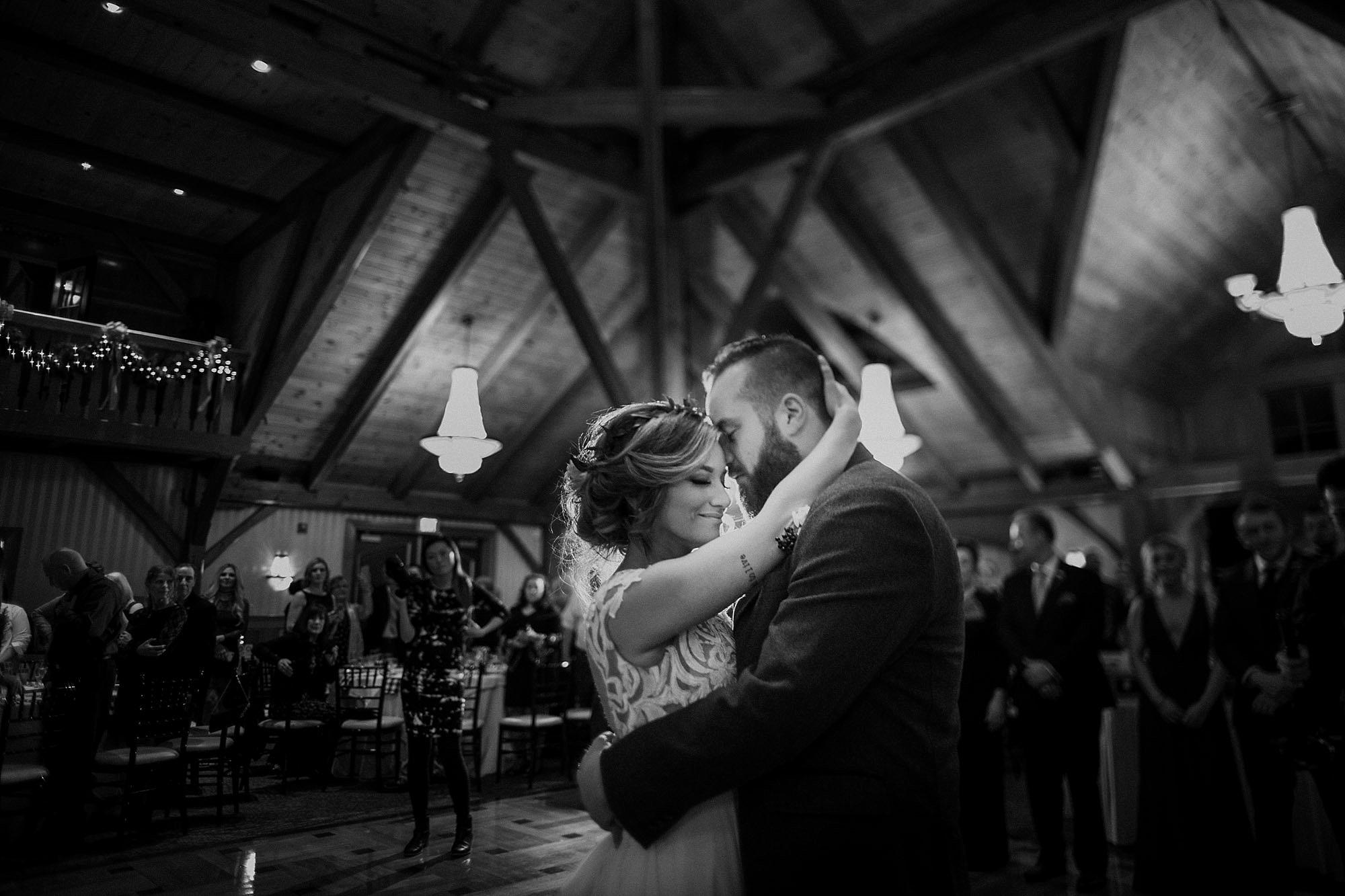 Tweaksbury-country-clup-wedding-74.jpg