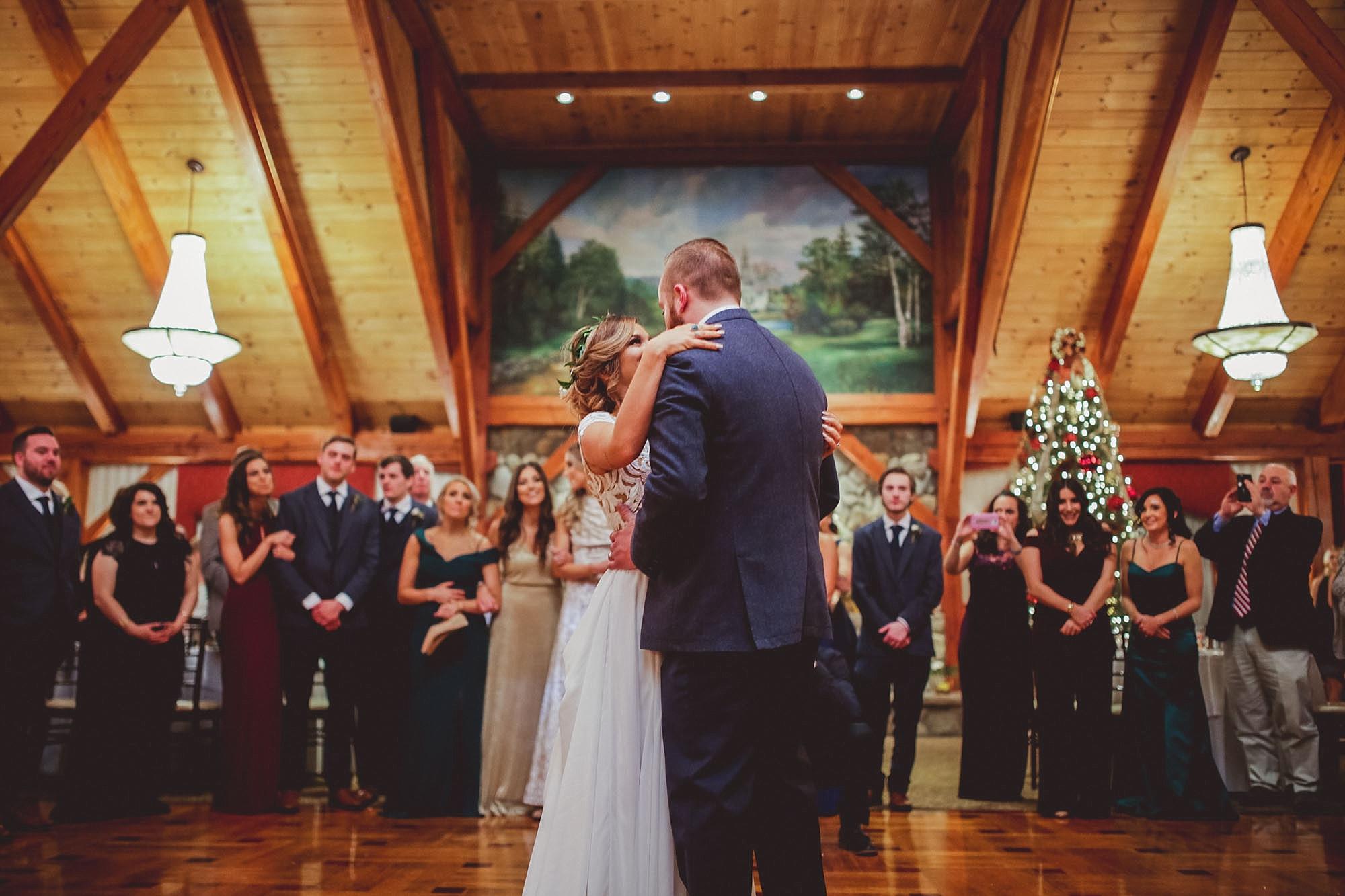 Tweaksbury-country-clup-wedding-75.jpg