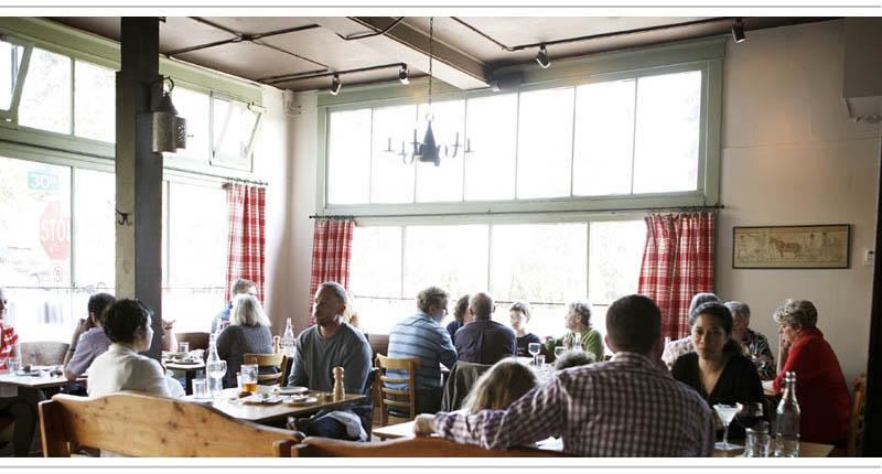 Full-dining-rm.jpg