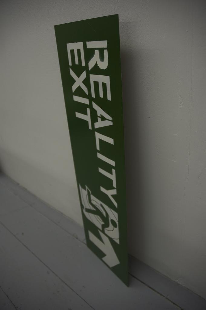 reality exit L.jpg