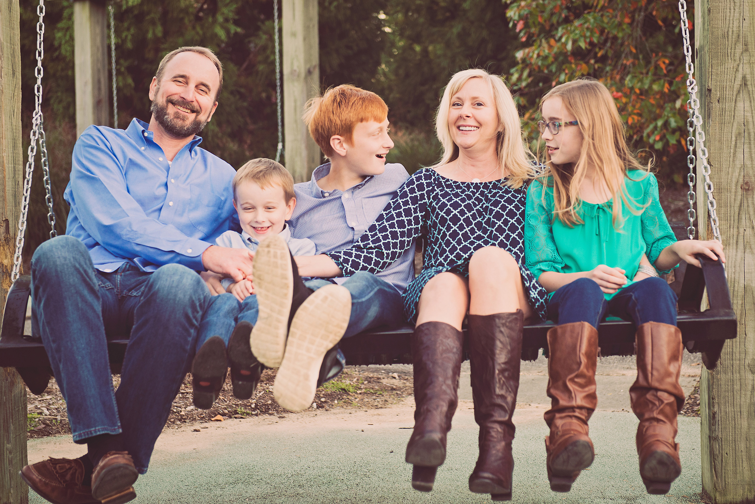 fall-family-photography-sessions-cary-15.jpg