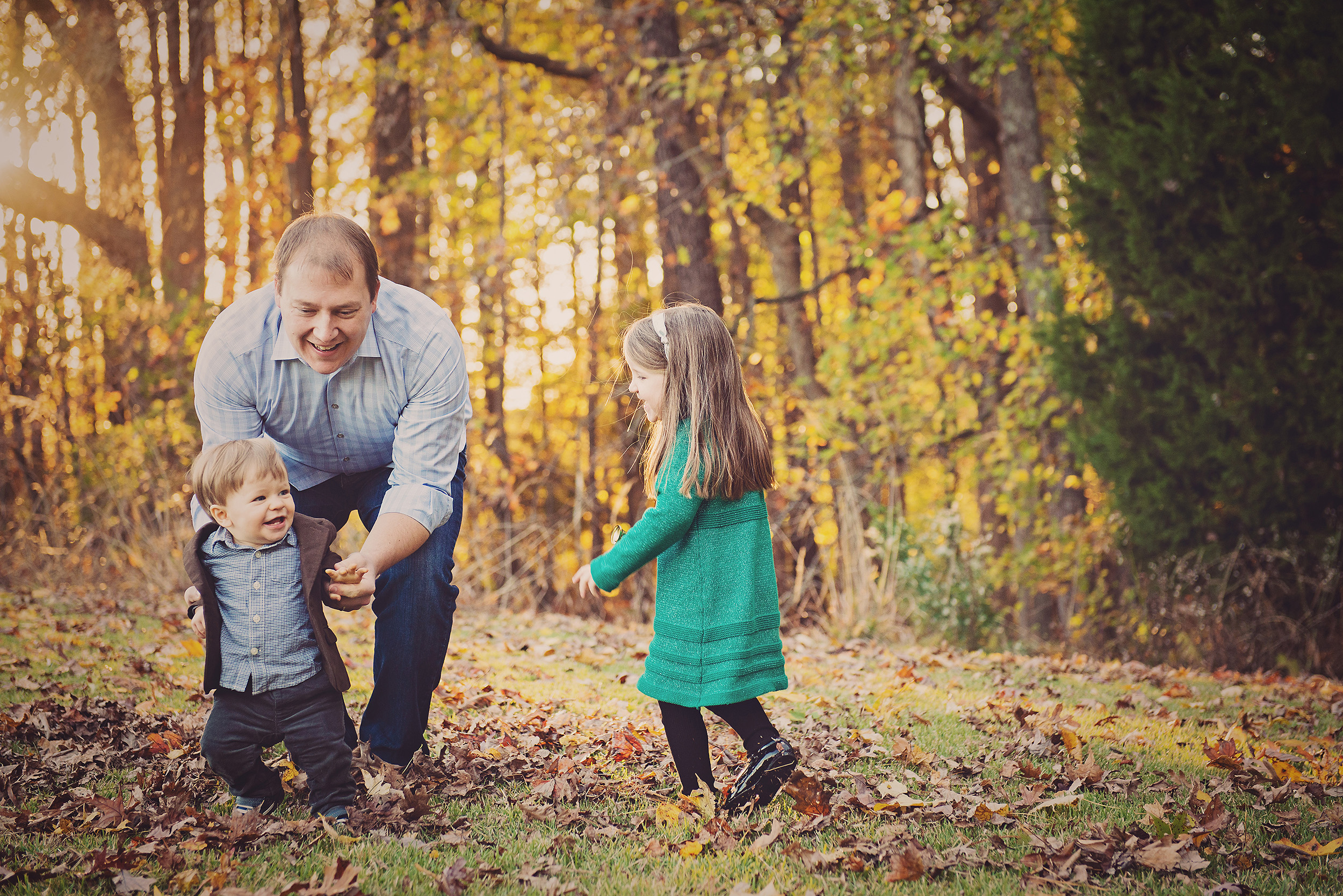 fall-family-photography-sessions-cary-16.jpg