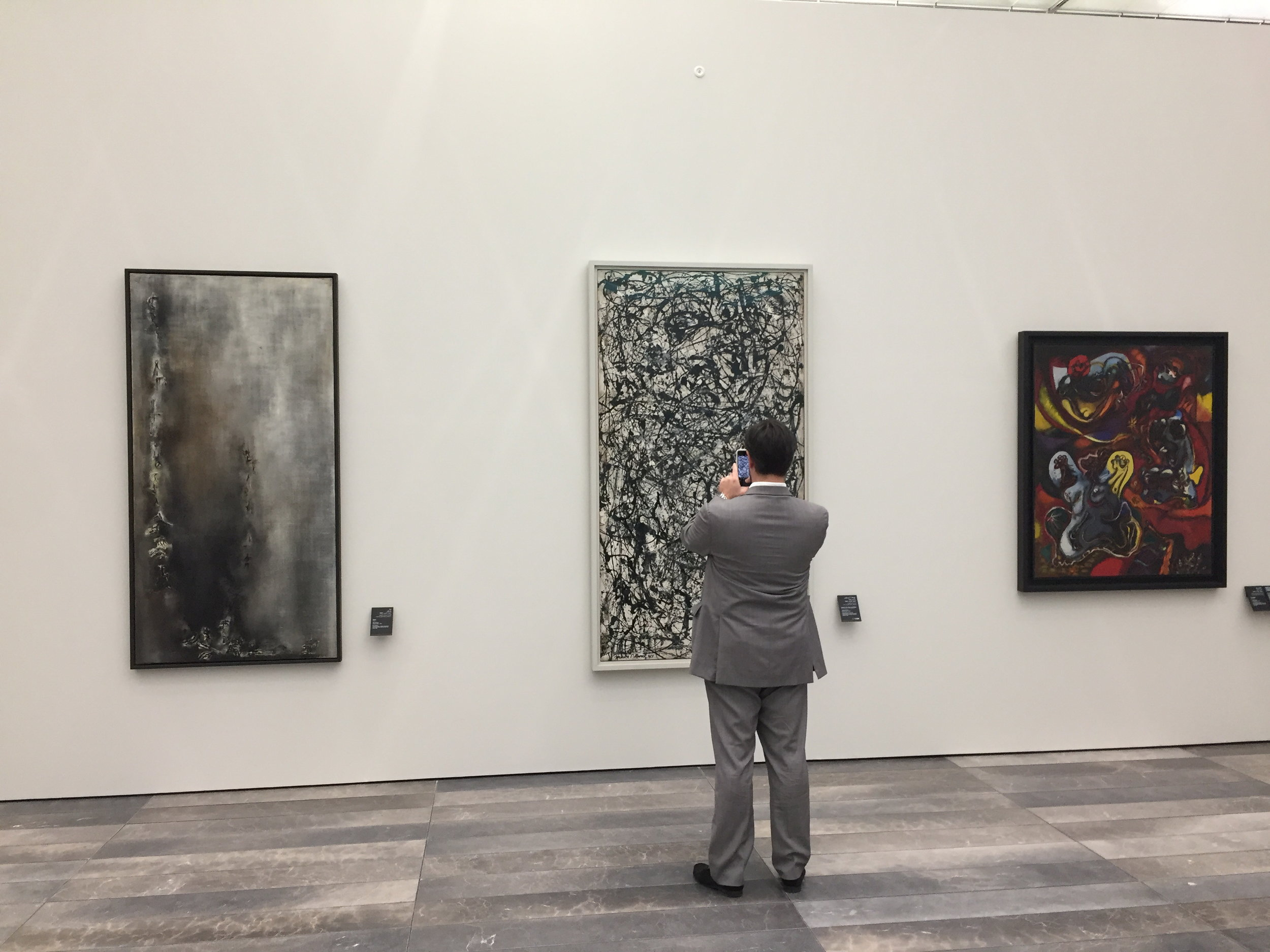 Zao Wou-Ki and Jackson Pollock at the Abu Dhabi Louvre Museum. Photo by E. Clavé