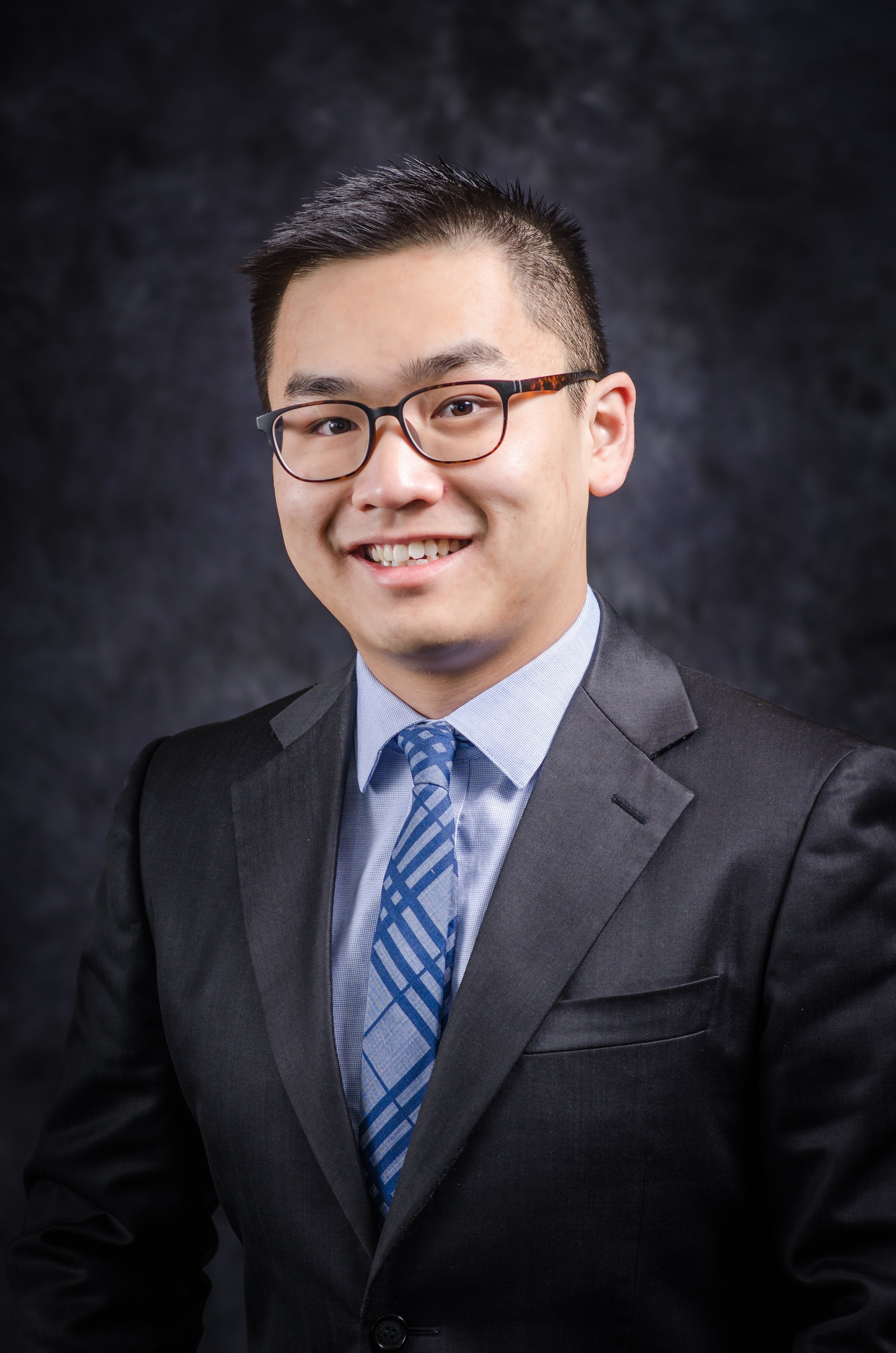 Jason Xi, Vice President of Community Outreach - Jason grew up in Shanghai, China and graduated from the College of William and Mary with a major in Economics and a minor in Finance. He is interested in international affairs and spent a semester abroad at Keio University in Japan. In his free time, he enjoys good food and watching legal drama and movies.Other Engagements: Immigration and Refugee Project (Director for Volunteering)1L Summer: New York State Attorney General's Office - New York, NY