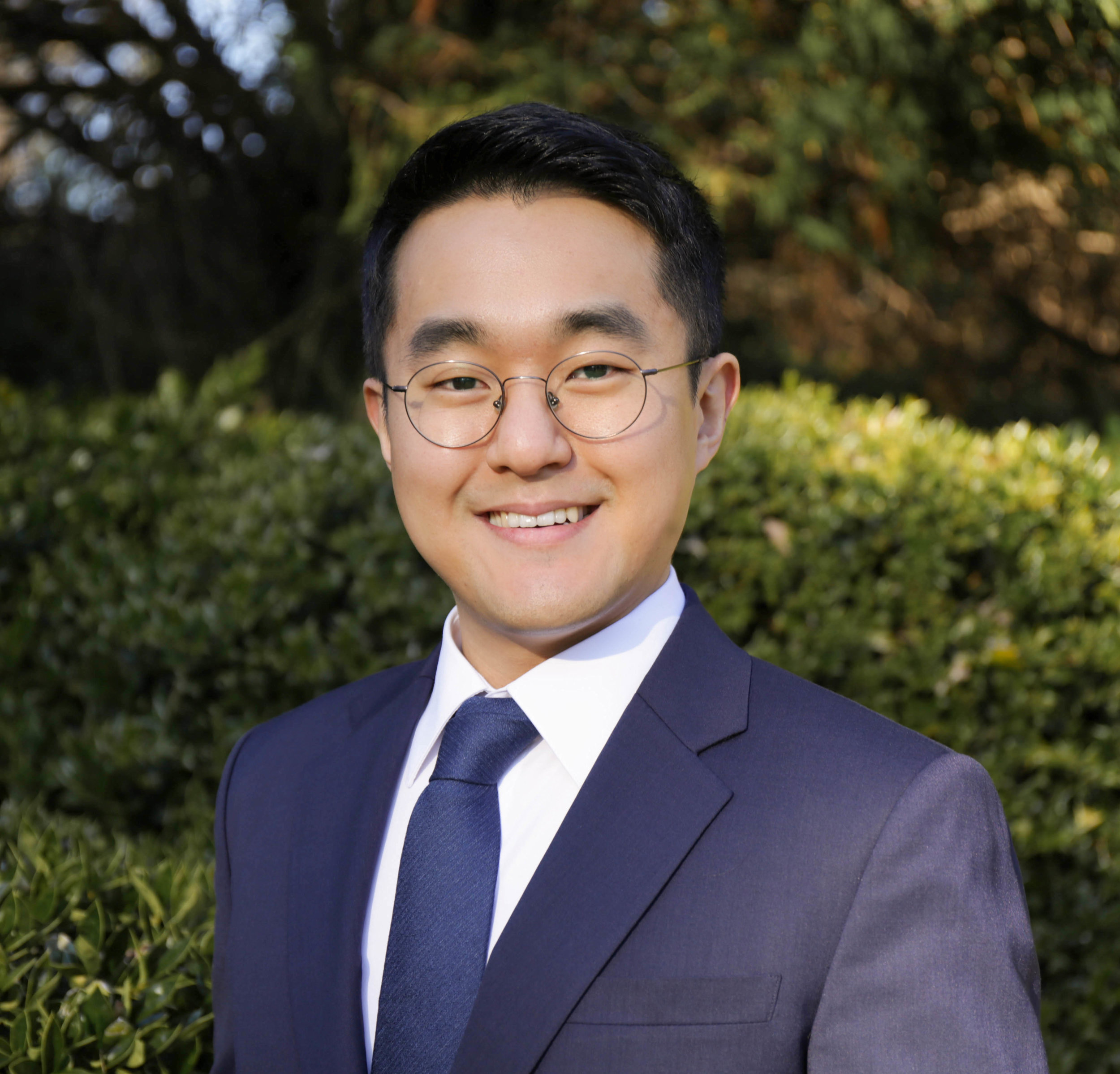David Kim, Vice President of Communications - David is originally from Seoul, Korea. He majored in psychology at Sogang University. At Duke, David is pursuing a joint degree of JD/LLM in International and Comparative Law. He enjoys playing basketball, watching NBA, and playing games.Other engagement: Veterans Assistance Project1L Summer: Judicial Intern for the Hon. Robert T. Numbers II, United States District Court, Eastern District of North Carolina; Duke-Leiden Institute in Global and Transnational Law
