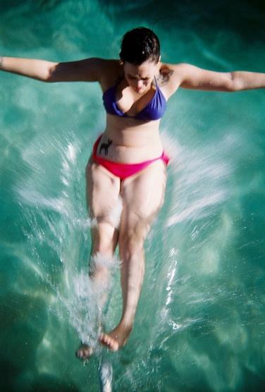 lindsay-dye-photography-art-me-pool.jpg