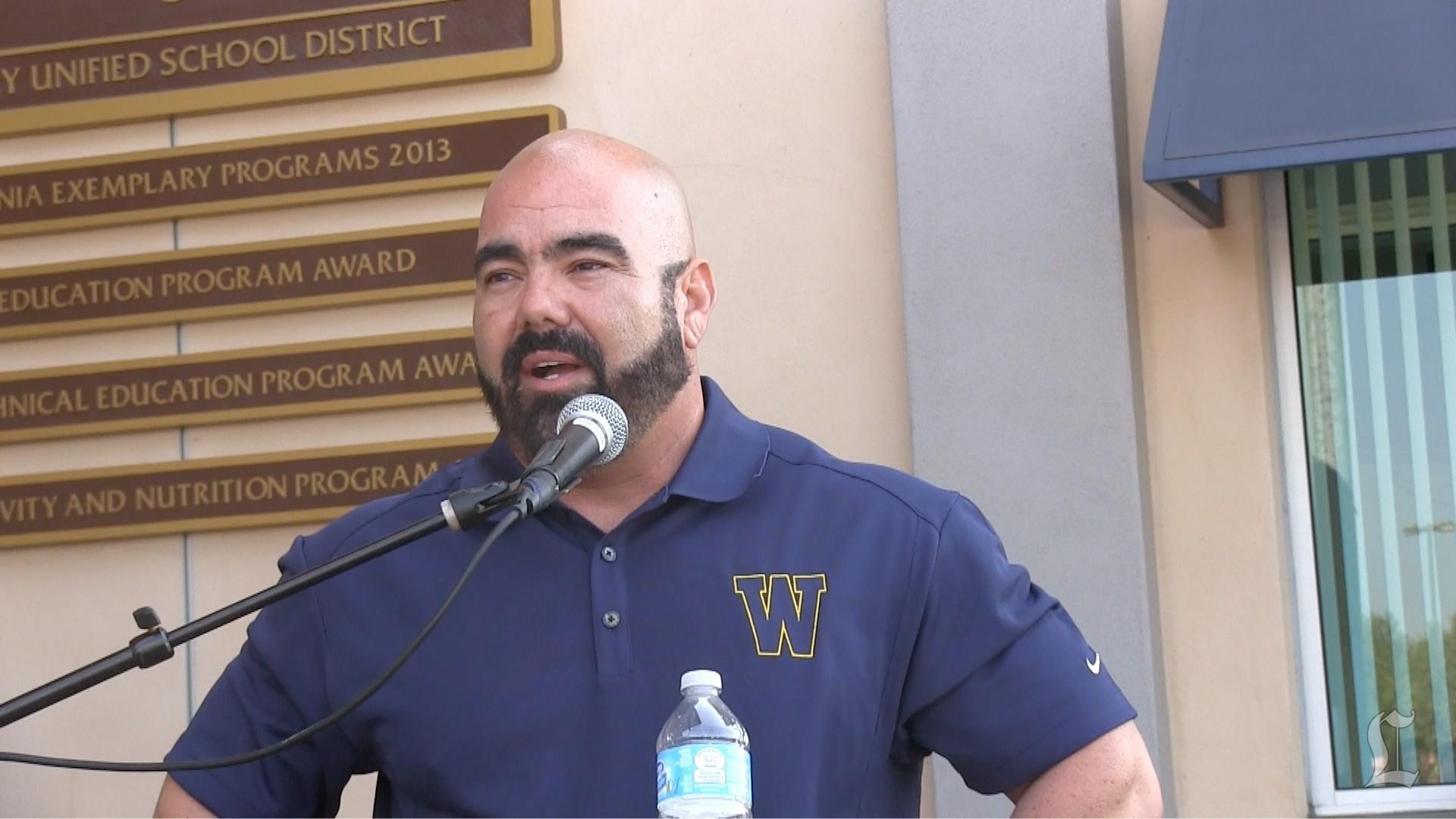 Football: Coach Raul Lara Resigns From Warren High School
