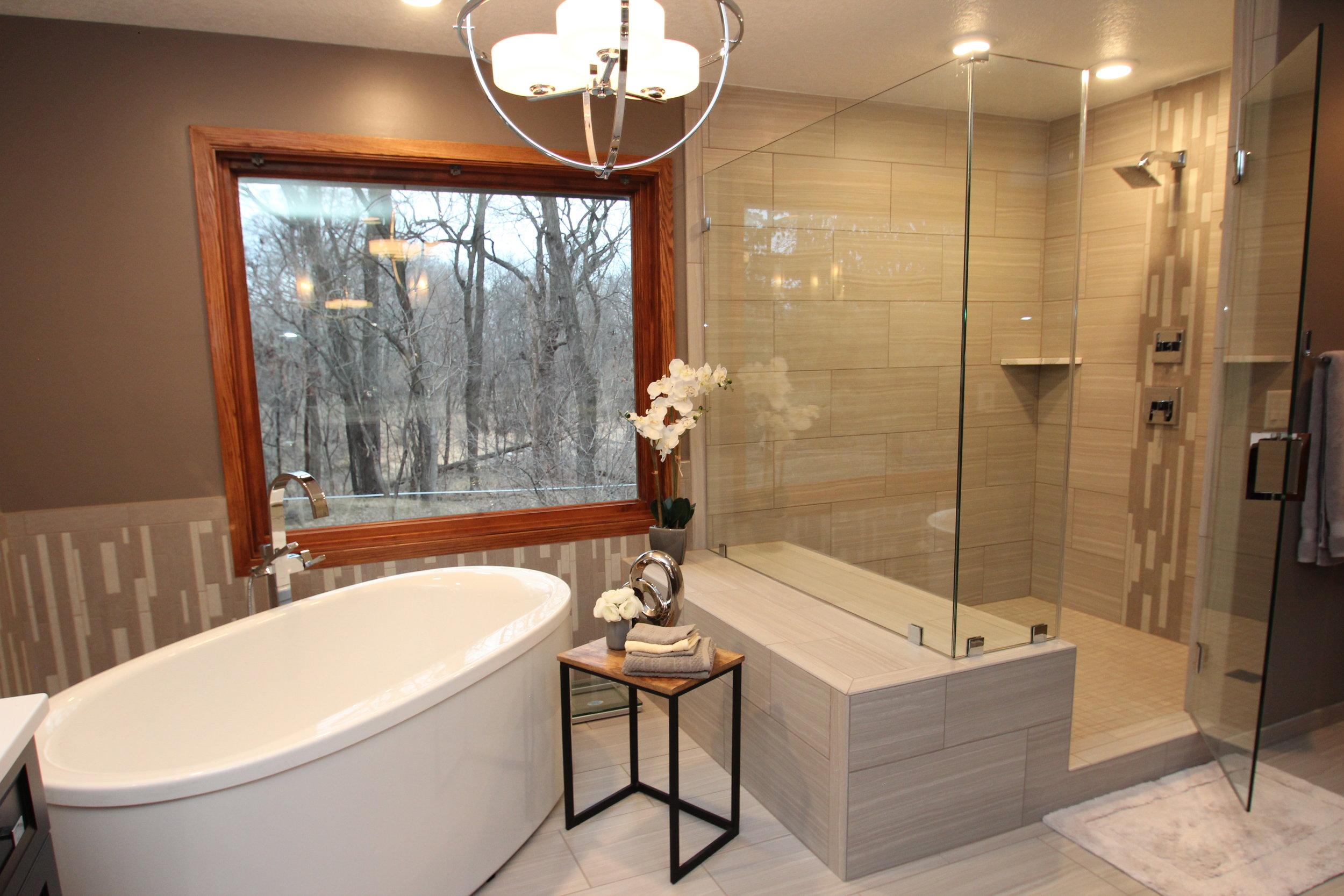 Shower:Tub View - Jabour's Final .JPG