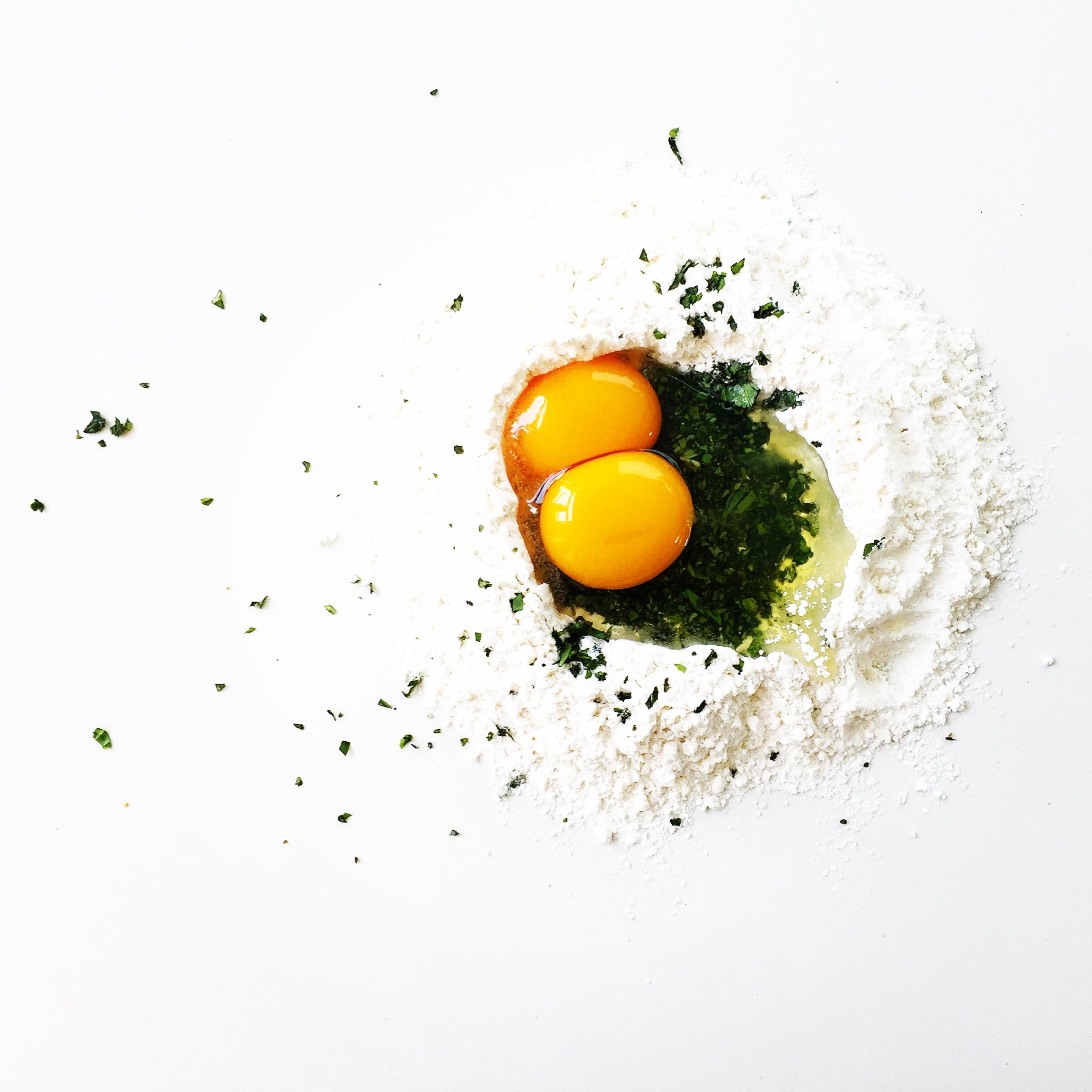 eggsandflour.JPG
