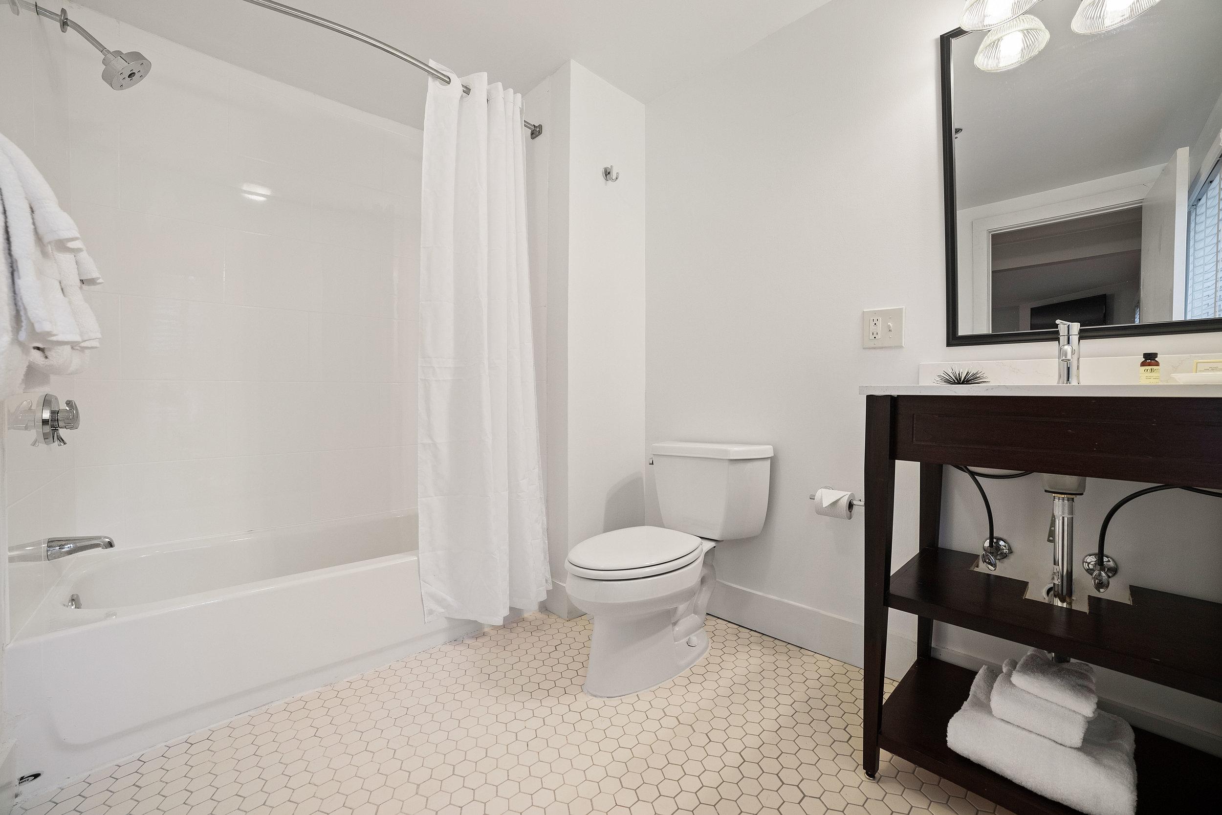 98.jpg Carriage Suite 307 Bathroom.jpg