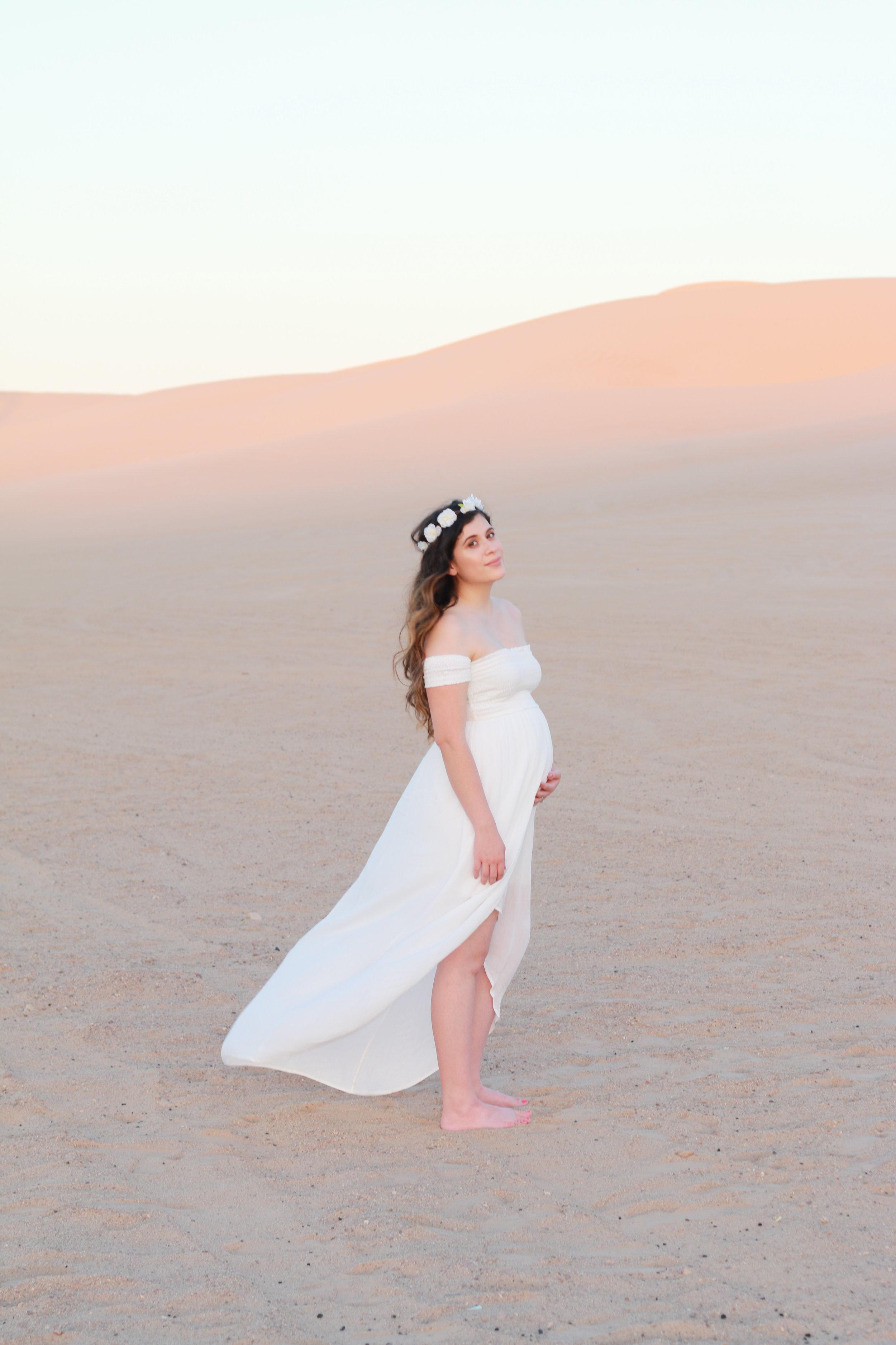 Anthony-and-Stork-Desert-Maternity-Shoot_2692.jpg