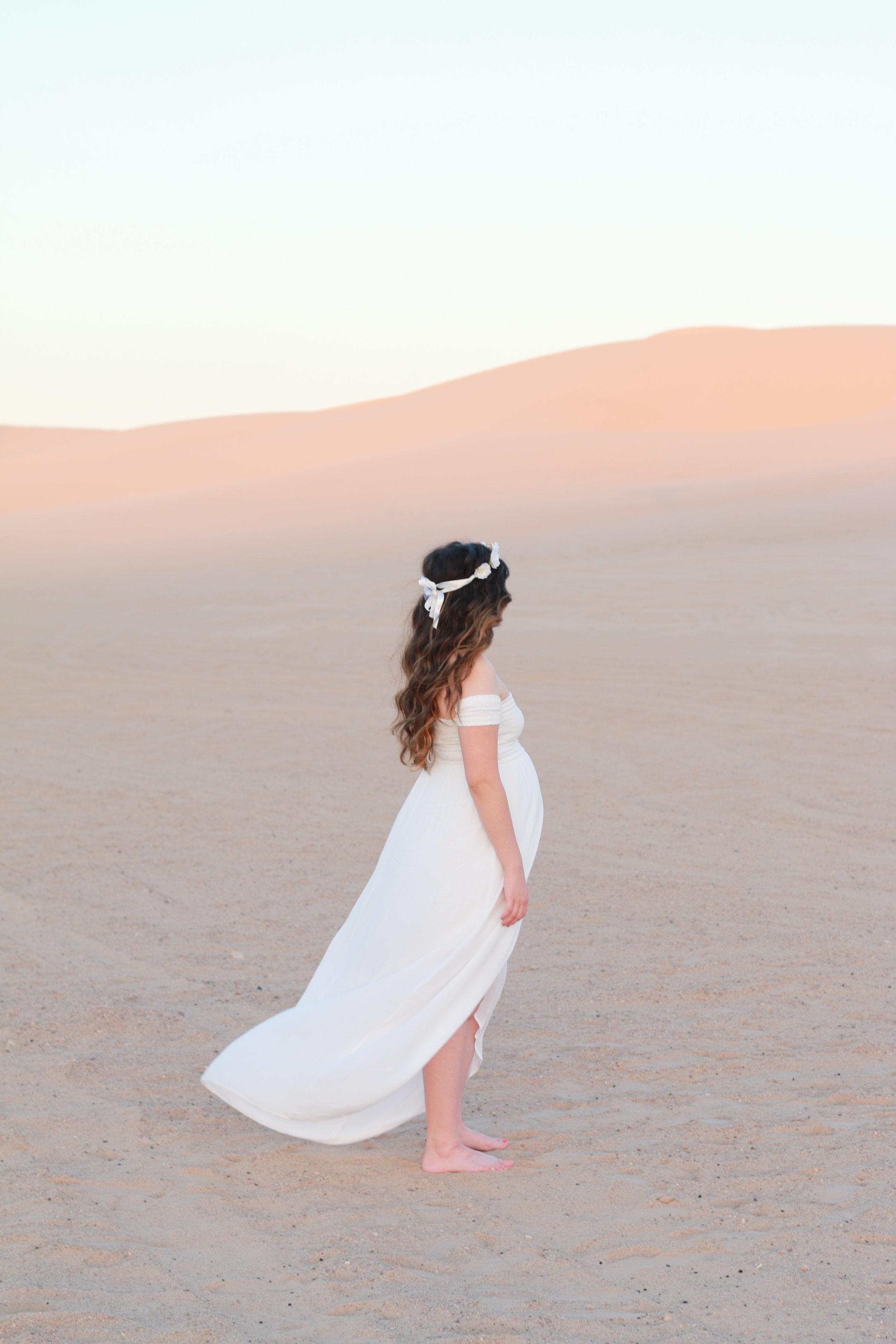 Anthony-and-Stork-Desert-Maternity-Shoot_2689.jpg
