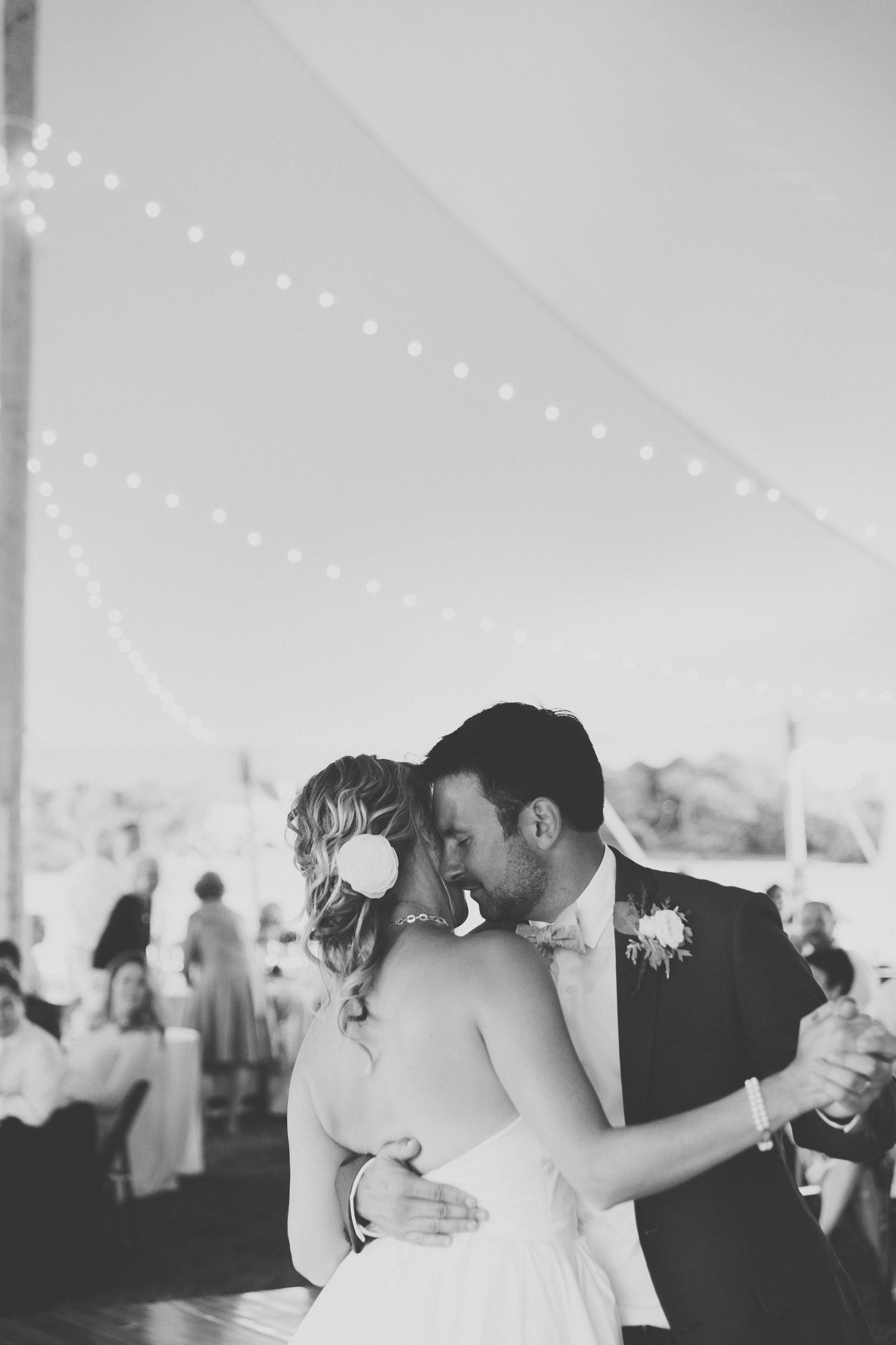 Anthony_and_Stork_Narragansett_Coastal_wedding-813.jpg