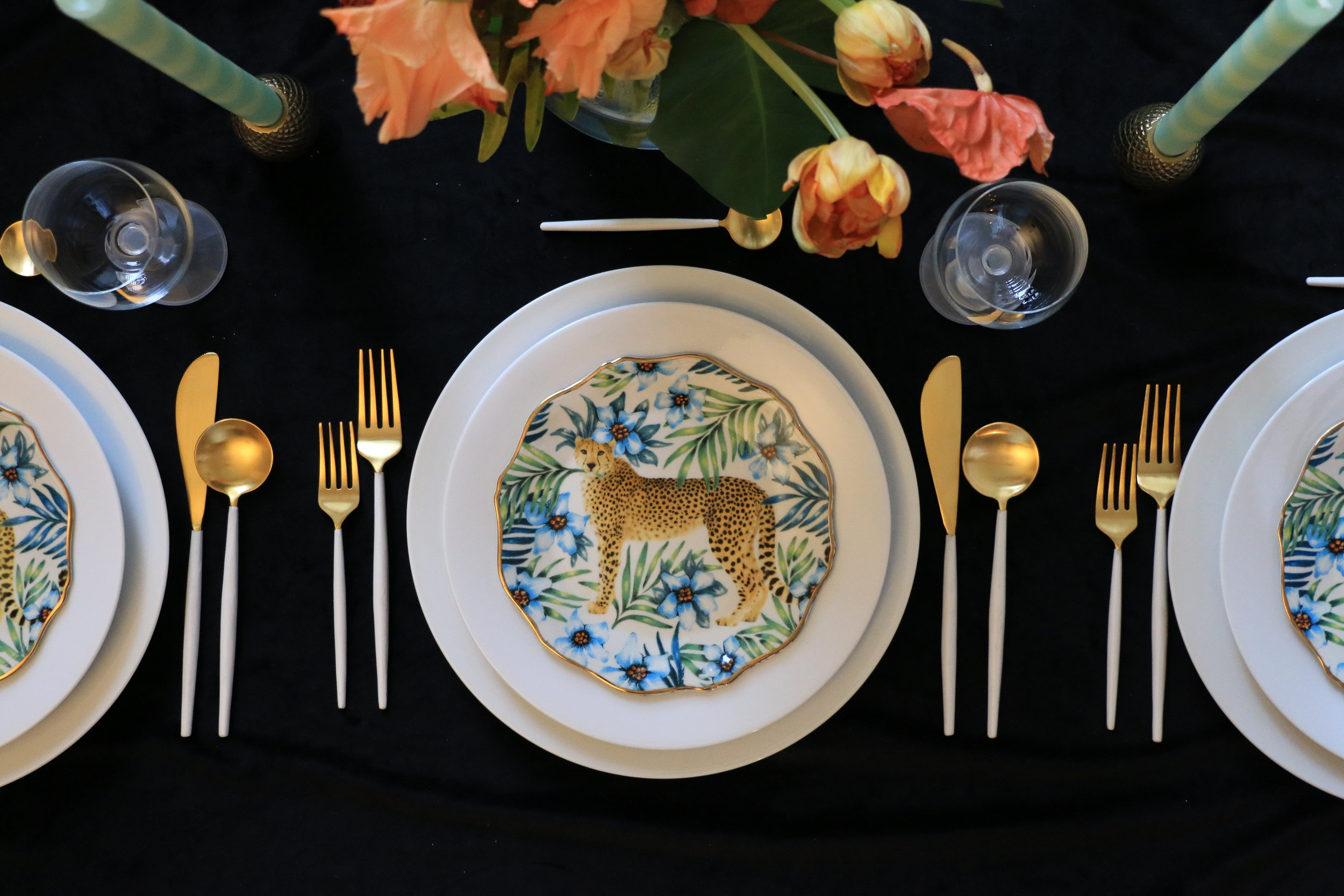 Anthony_and_Stork-Leopard-Table-setting_Events_4829.JPG