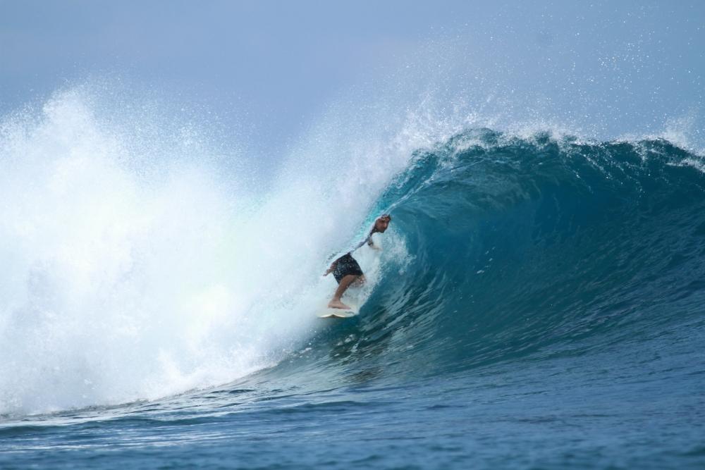 Surfing_Holiday_Perth.jpg