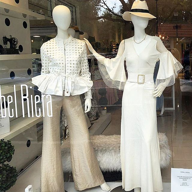 ▫️◽️Off White ◽️▫️ Obsessed with these Off White designs 👀 for your Artistic eye and Stylish lifestyle ▫️◽️ Visit us at our boutique in #CoconutGroveMiami #Miami  #MiamiShopping #MiamiFashion #SouthFlorida