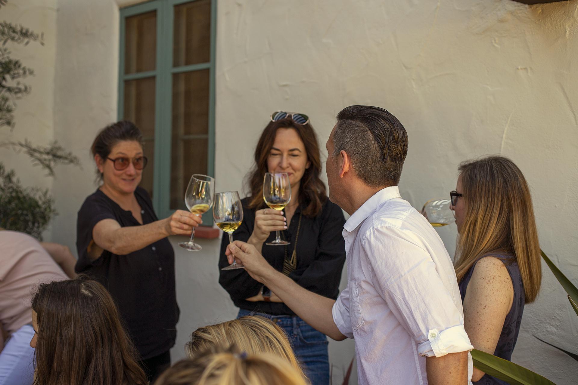 Vino Italiano: Naturally - We gathered at a beautiful Spanish Colonial Revival house in the San Rafael neighborhood of Pasadena, and tasted natural Italian wines.