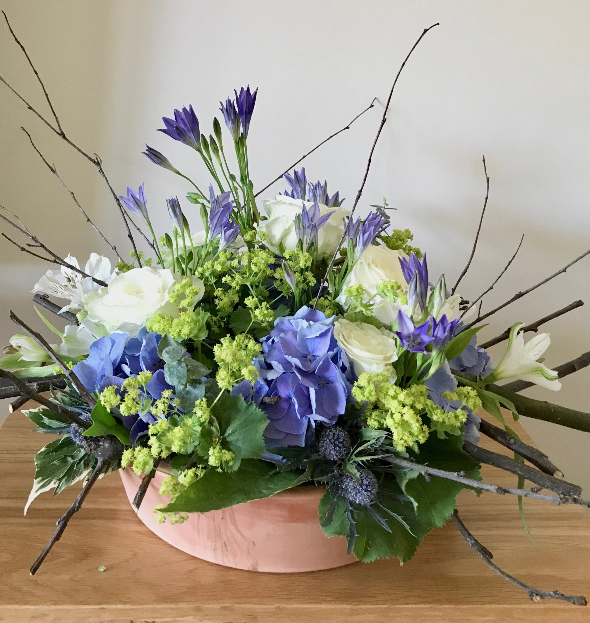 Summer design - (Similar to this; colours and flowers may vary depending availability at the time of ordering).