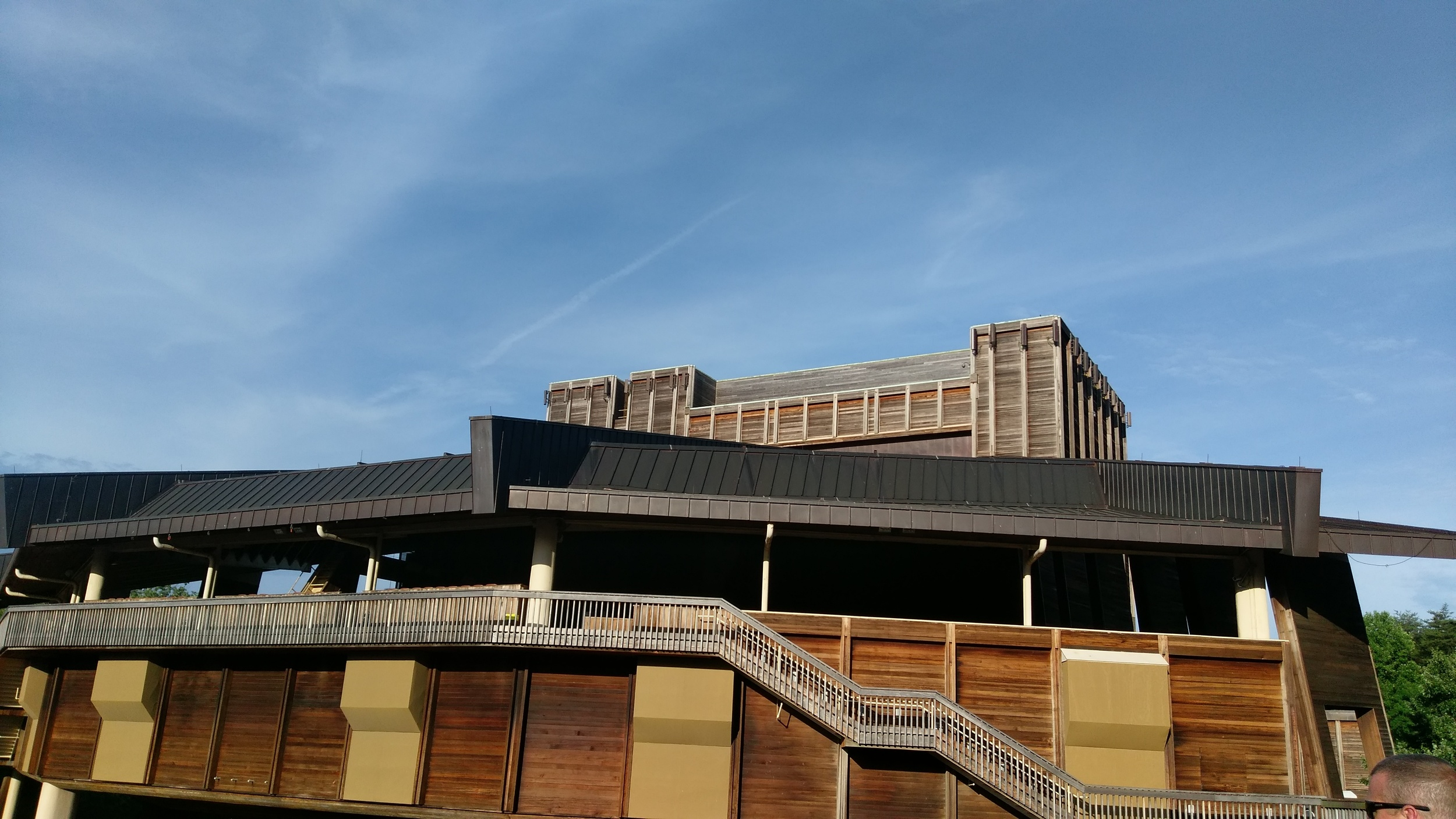 A beautiful day for a show (this is a shot of the pavilion).