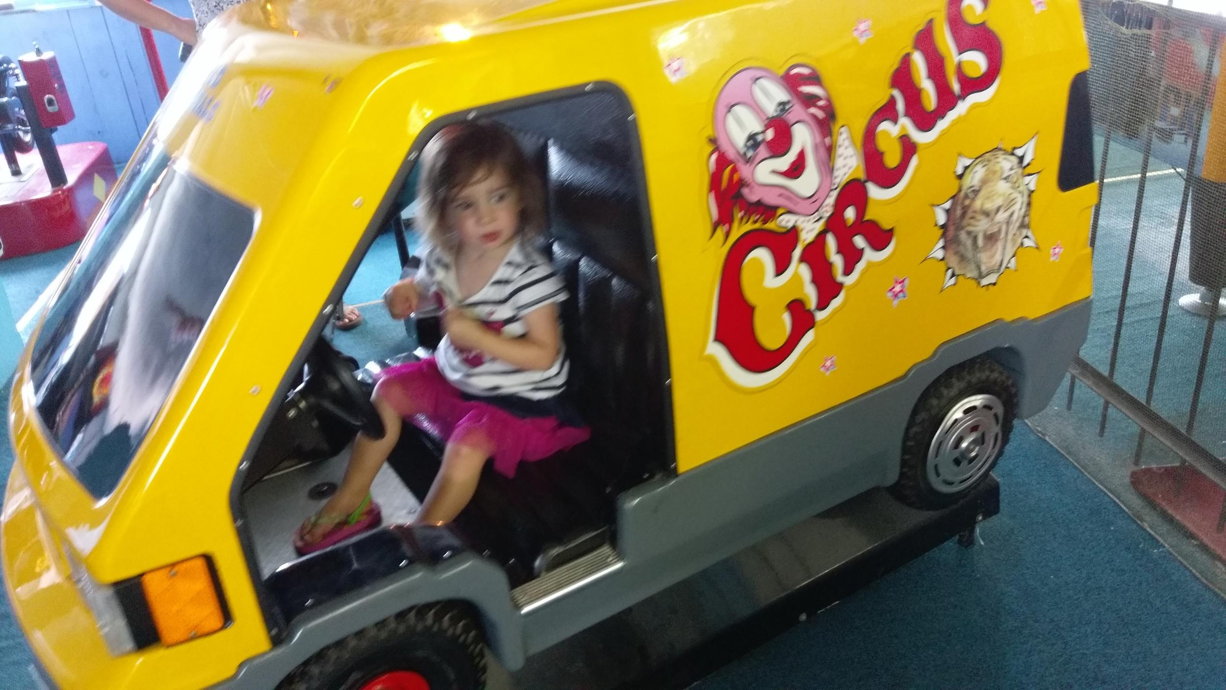 Creepy arcade ride 2