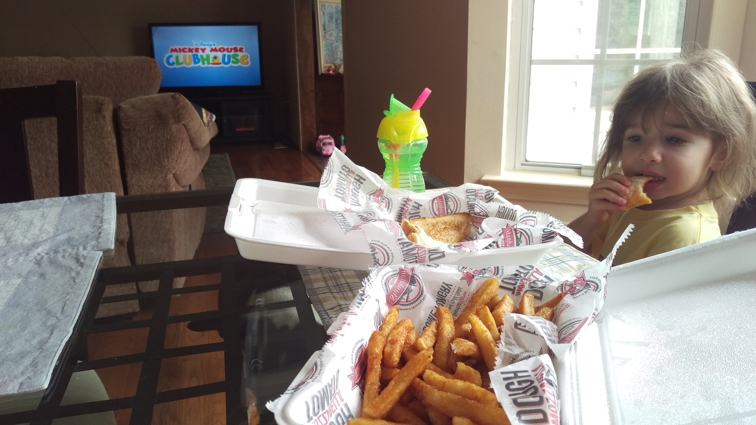 Lunch and Minnie Mouse Clubhouse