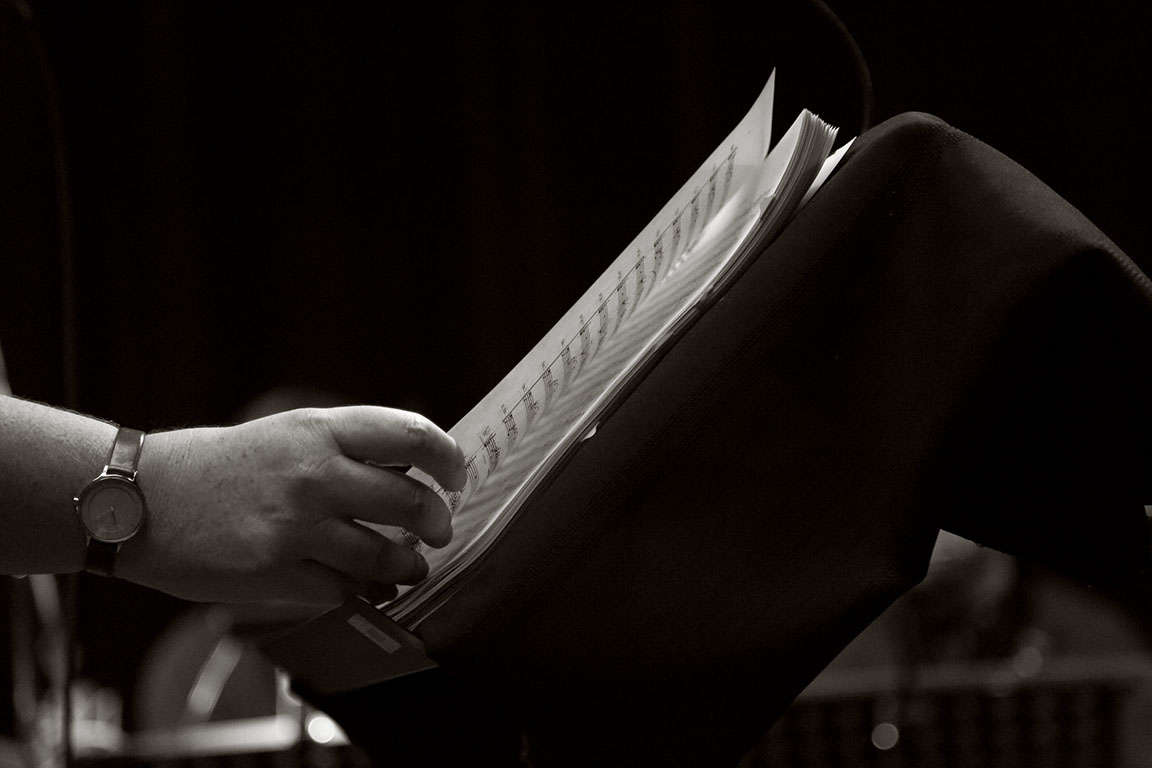 Sur la feuille - On the page.jpg