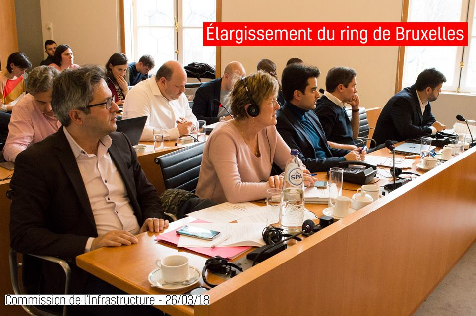 En Commission de l'Infrastructure , discussion sur l'élargissement du  #ring . Pour les socialistes, pas question.