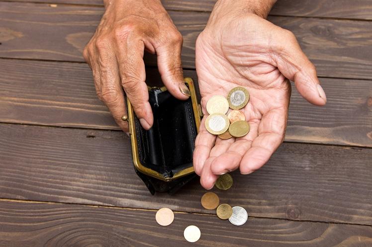 - Près de 30% des ménages sondés pour une enquête sont en dessous ou juste au seuil de pauvreté !