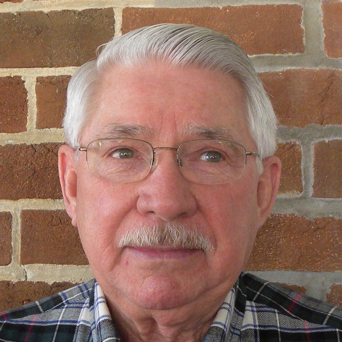 Dick Hollingshead