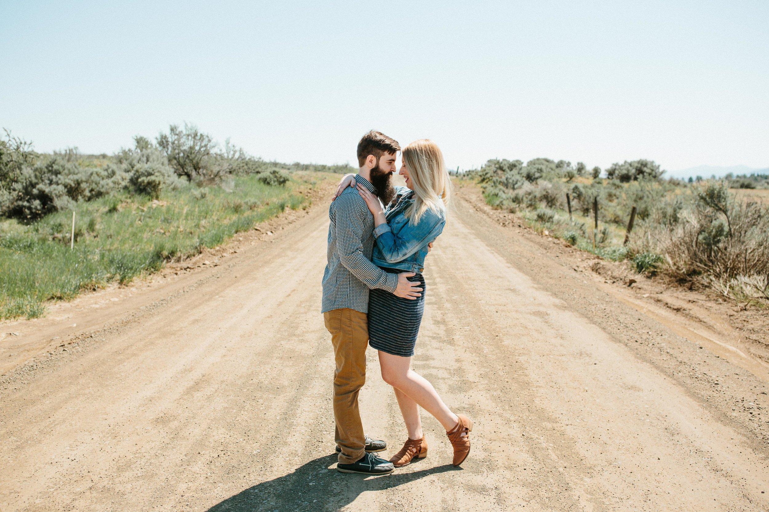 Aimee&Travis-Engagement-BLOG-34.jpg