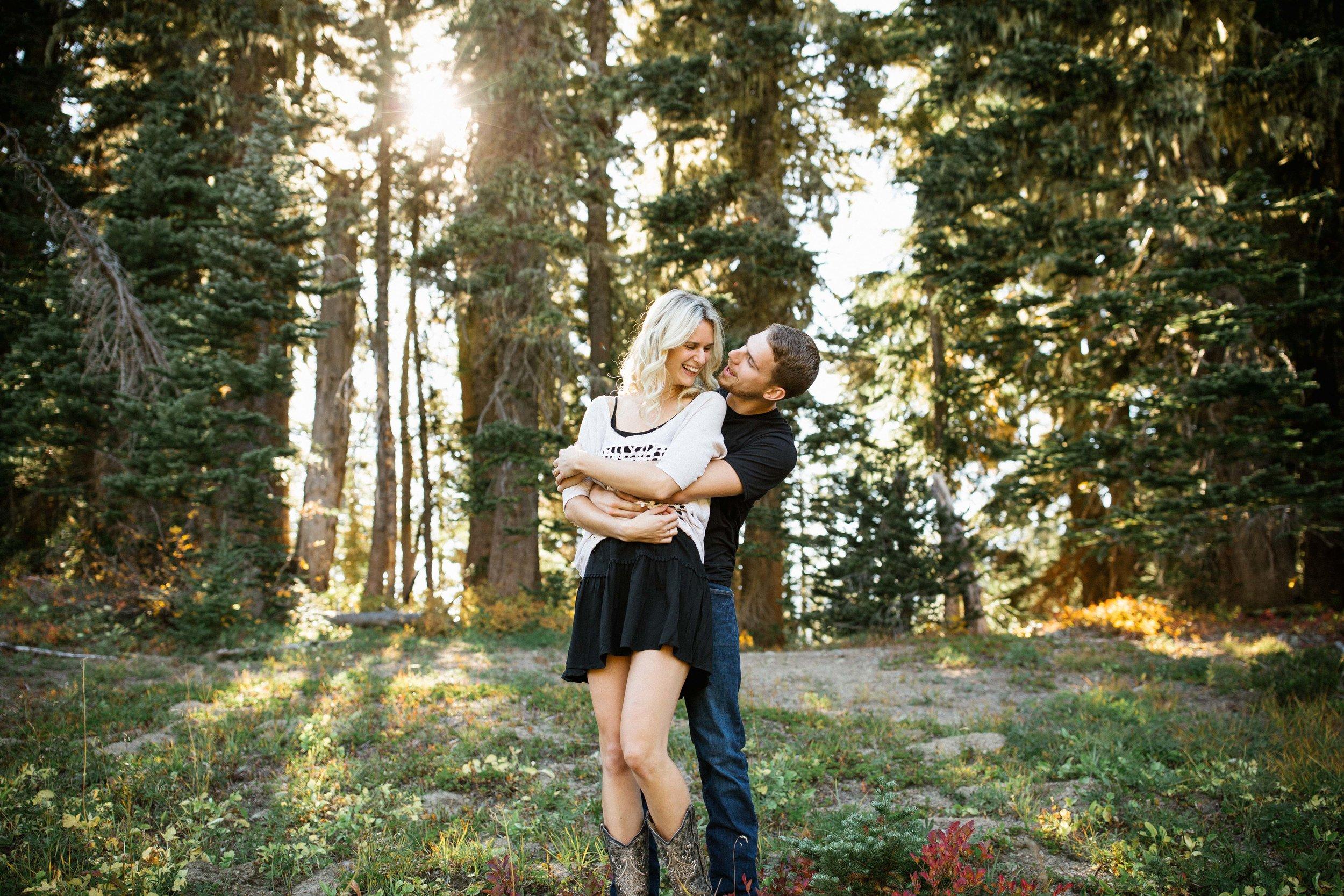 Alexis&Kyle-Engaged!BLOG-1.jpg