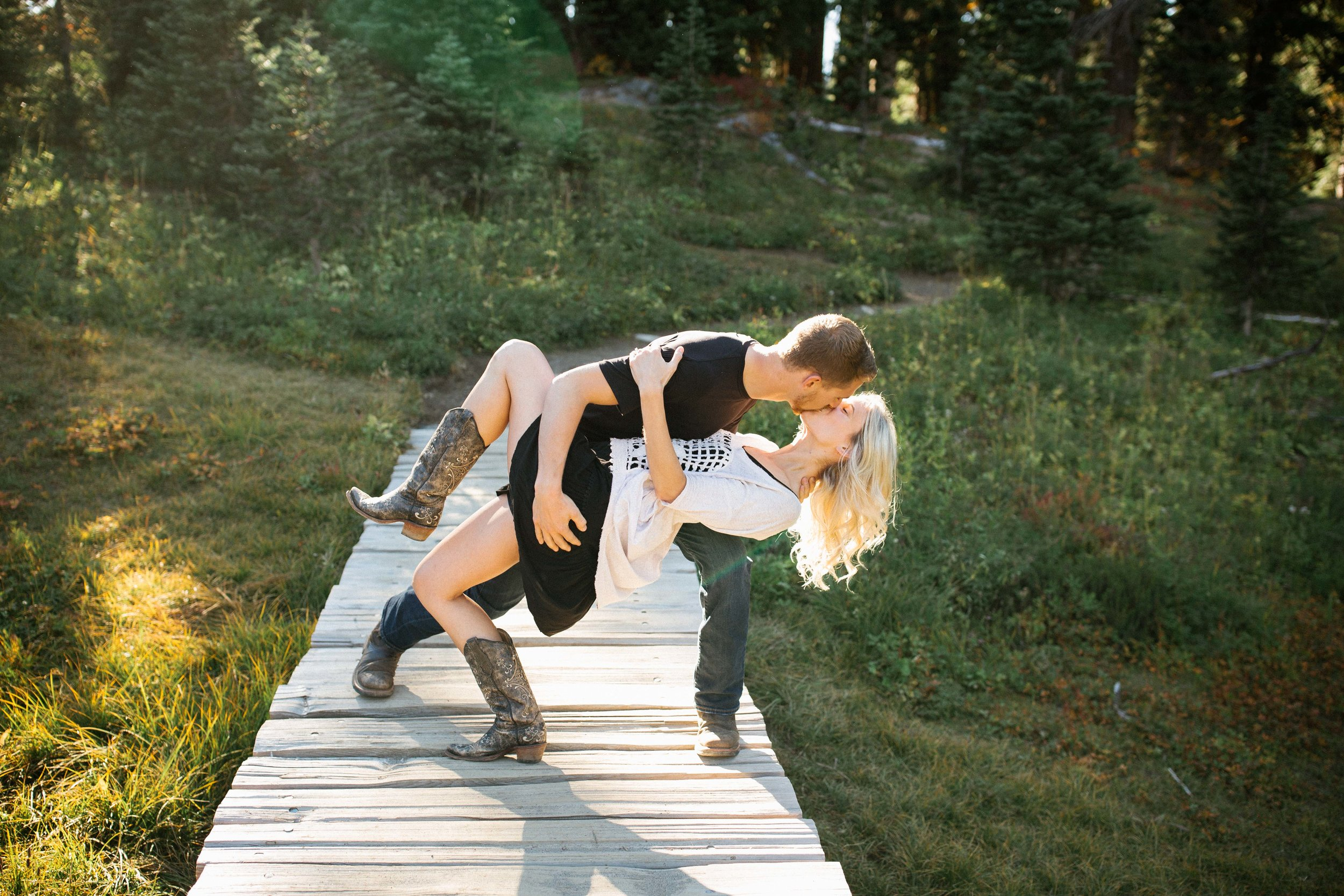 Alexis&Kyle-Engaged!BLOG-8.jpg